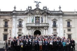 El rector de la Universidad de Salamanca asiste a la asamblea general de la Asociación Universitaria Iberoamericana de Posgrado