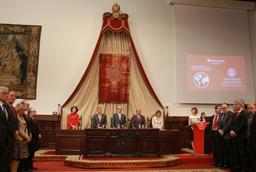 La Universidad de Salamanca y Banco Santander entregan 167 becas internacionales