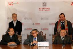 El Consejo de Gobierno aprueba la propuesta de concesión del Doctorado Honoris Causa a Mario Vargas Llosa y Blake S. Wilson