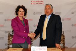 La vicerrectora de Docencia de la Universidad de Salamanca, Carmen Fernández Juncal, clausura las jornadas de la Red Estatal de Docencia universitaria (RED-U) sobre educación