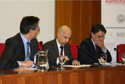 Dr. Álvarez Ferrando, V Premio Nacional de Investigación en Cáncer Doctores Diz Pintado