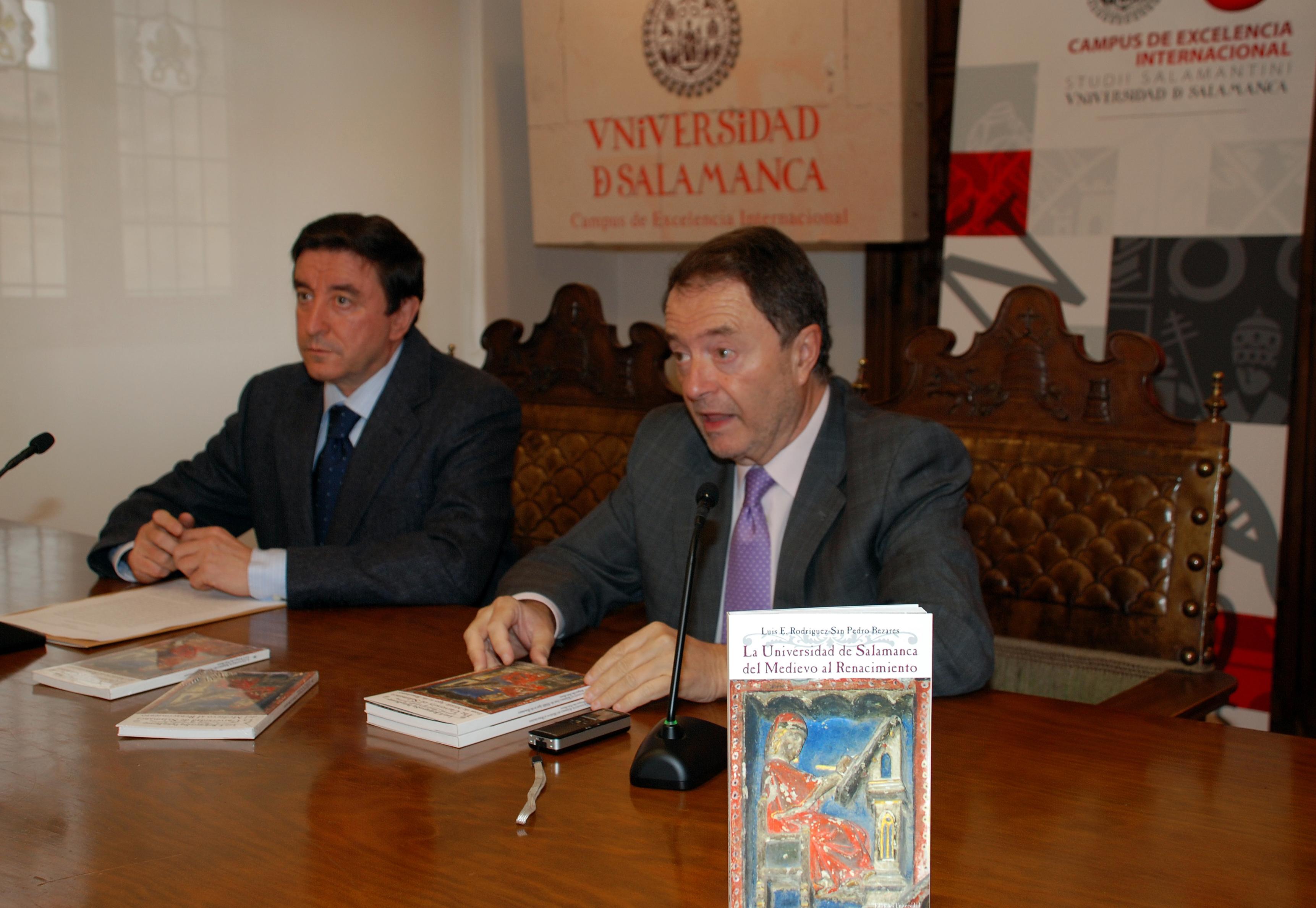 La Oficina del VIII Centenario presenta el libro 'La Universidad de Salamanca del Medievo al Renacimiento'