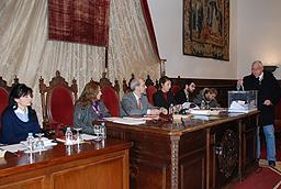 Elección de la Comisión Delegada Temporal para la Reforma del Reglamento de Funcionamiento Interno del Claustro Universitario