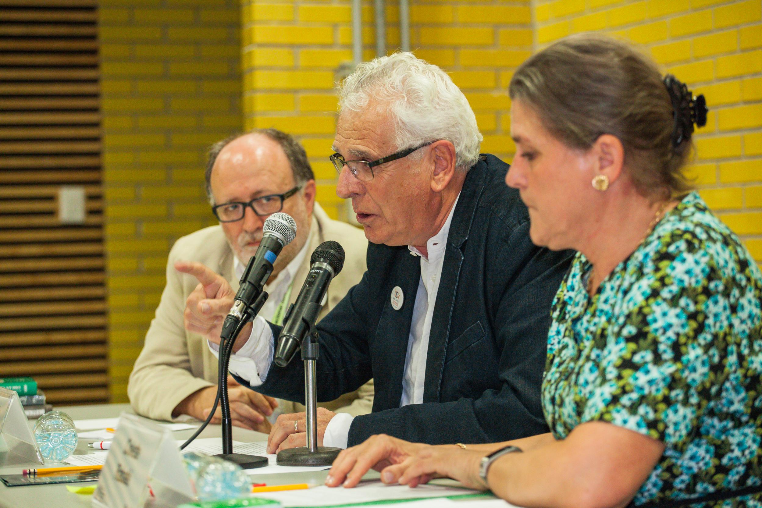 Mariano Esteban, Jean Claude y Colette Rabaté,