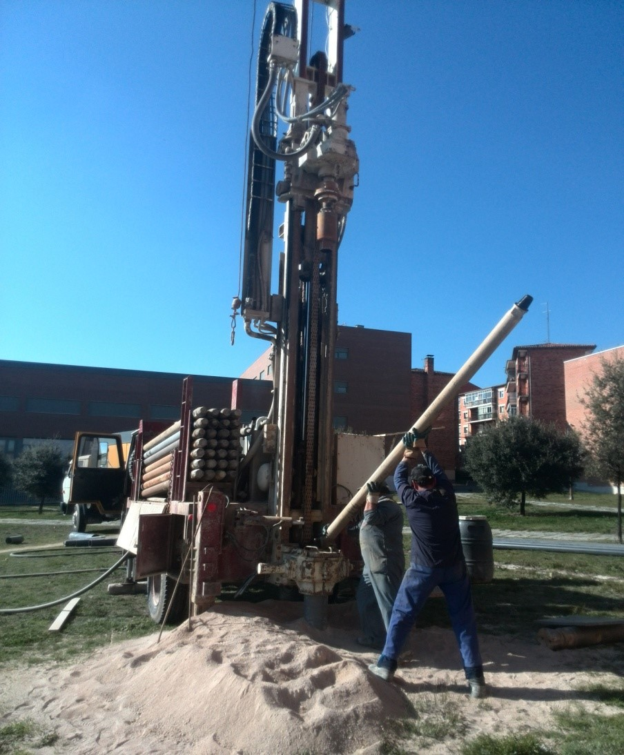 Investigadores de la USAL establecen el diseño óptimo de las instalaciones geotérmicas para el aprovechamiento eficaz de la energía del subsuelo en climatización de edificios