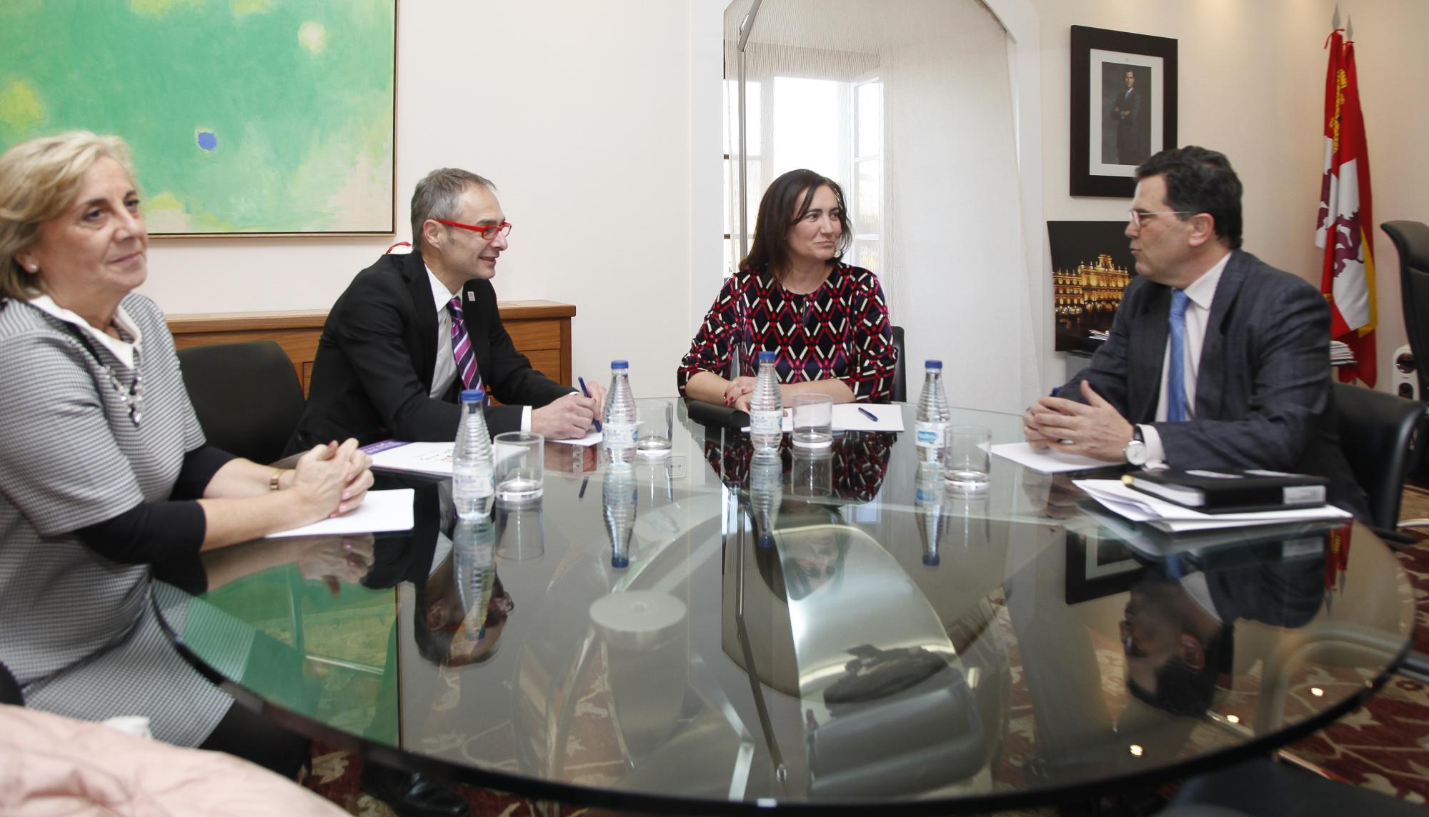 La Junta refuerza su apoyo al VIII Centenario de la Universidad de Salamanca con acciones culturales y turísticas