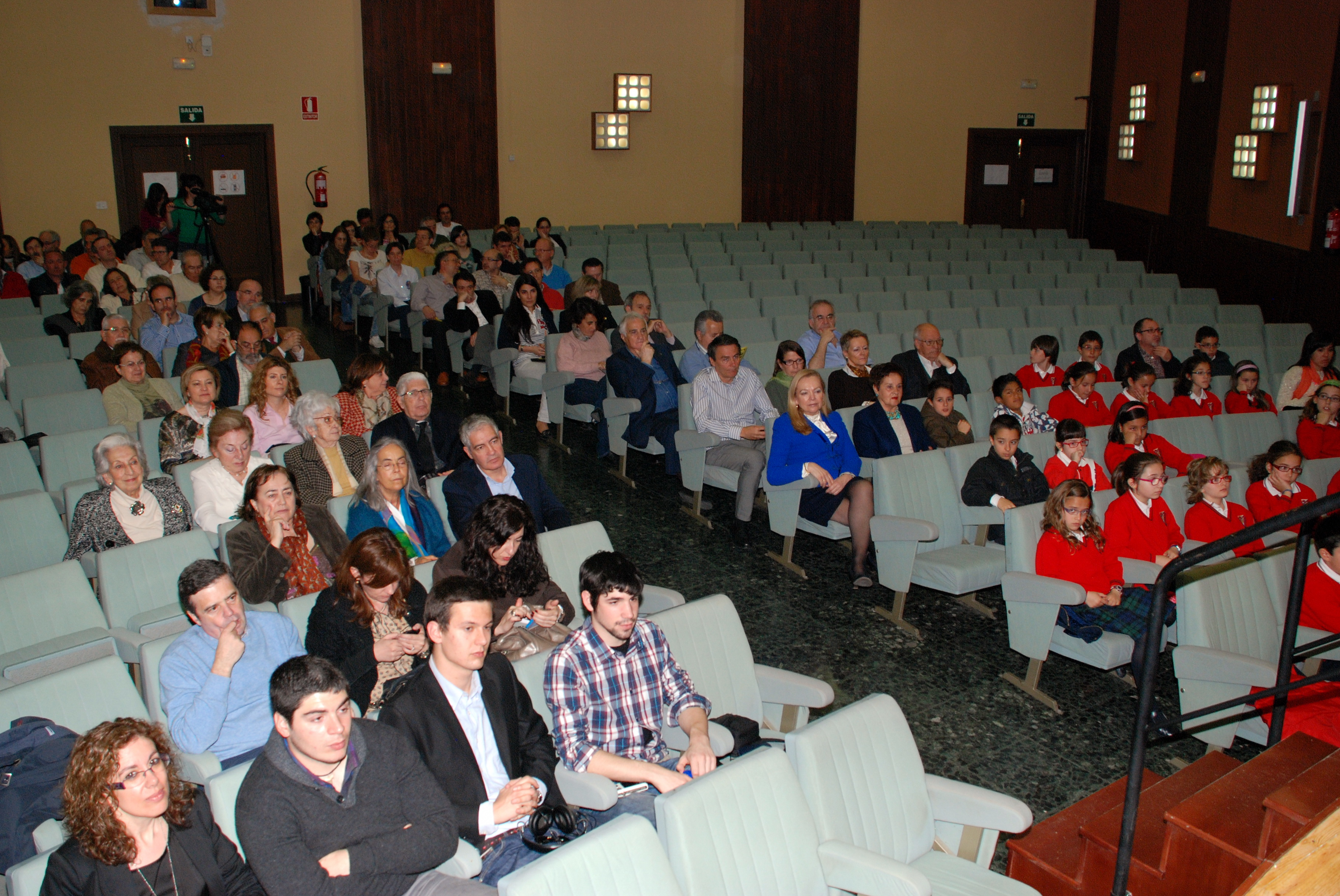 La Facultad de Ciencias de la Universidad de Salamanca acoge un acto oficial en conmemoración del XXV aniversario de la 'Sala de las Tortugas' y su fundador, Emiliano Jiménez