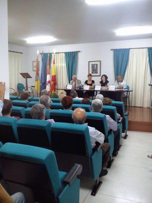 La secretaria general asiste a una nueva jornada del I Ciclo de Conferencias 'Lecciones de Vida'