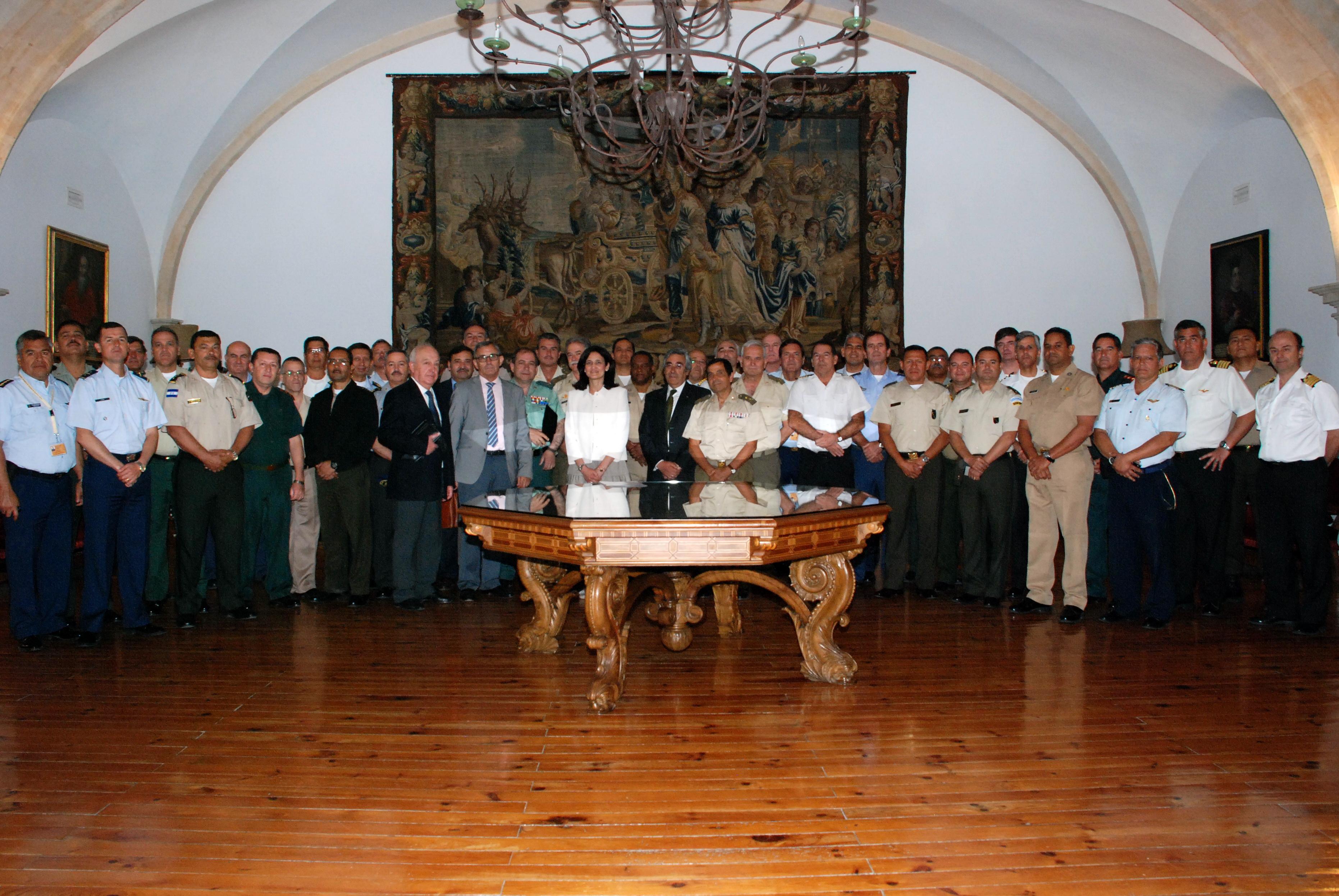 Cerca de 40 militares culminan sus estudios en el XIII Curso de Altos Estudios para Oficiales Superiores Iberoamericanos