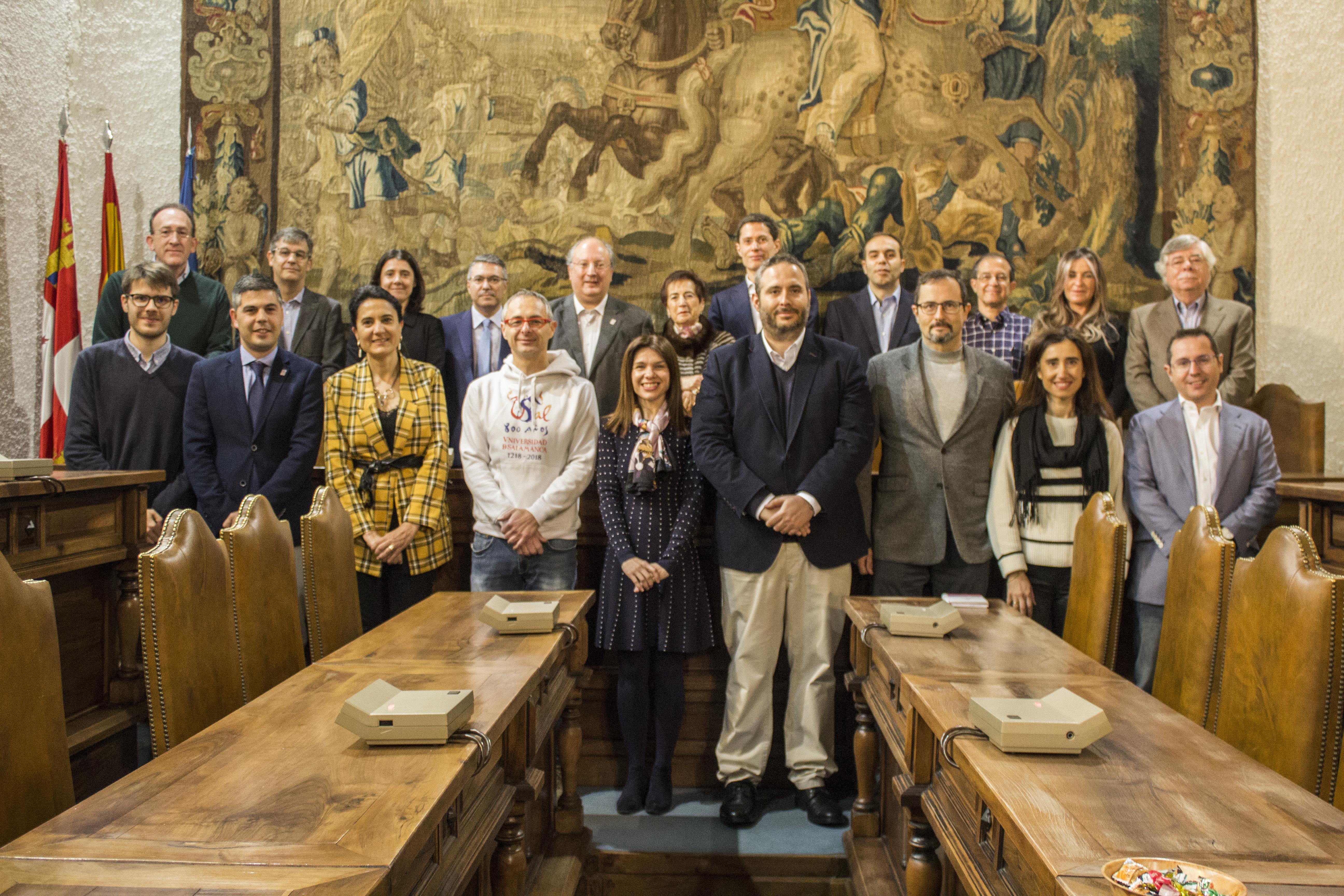 Beatriz Domínguez-Gil, Marieta Jiménez y Marcelino Oreja, nuevos socios de Honor de Alumni-Universidad de Salamanca 2019