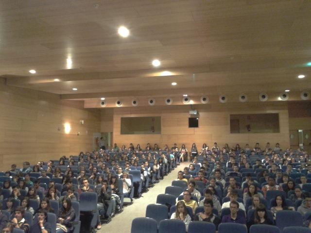 La Facultad de Economía y Empresa recibe a sus alumnos de nuevo ingreso