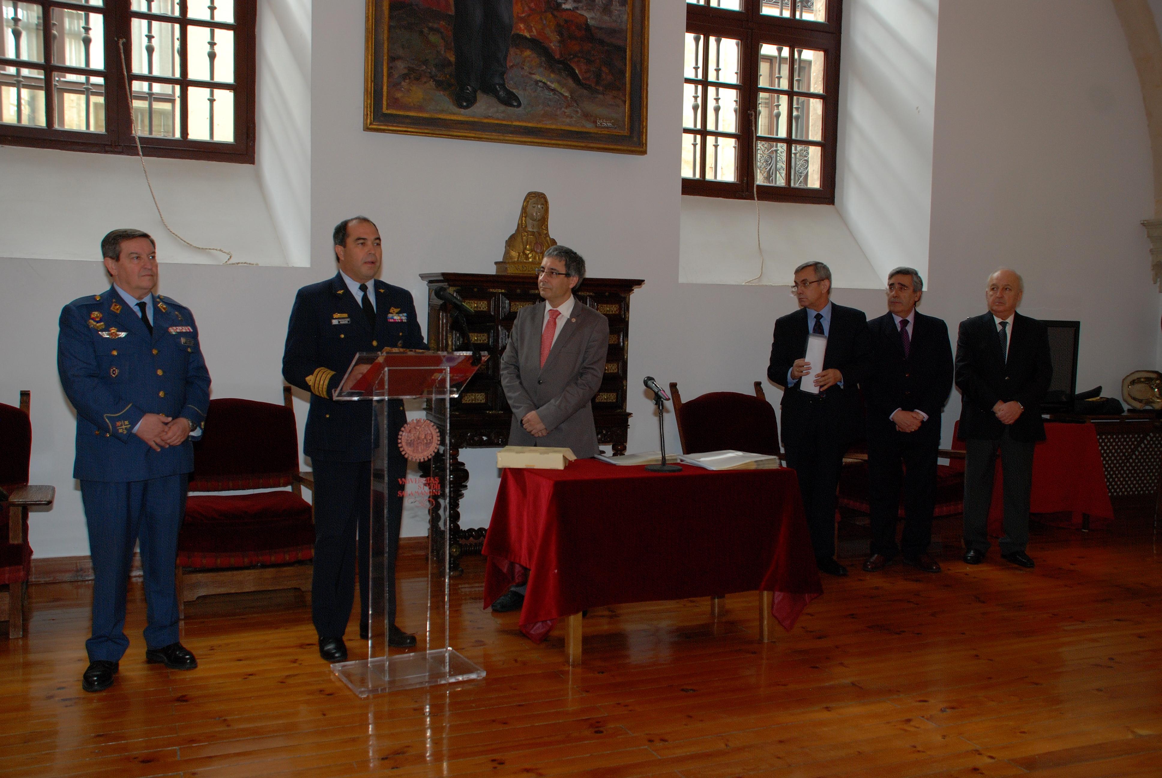 El vicerrector de Política Académica preside la entrega de diplomas del XII Curso de Altos Estudios para Oficiales Superiores Iberoamericanos