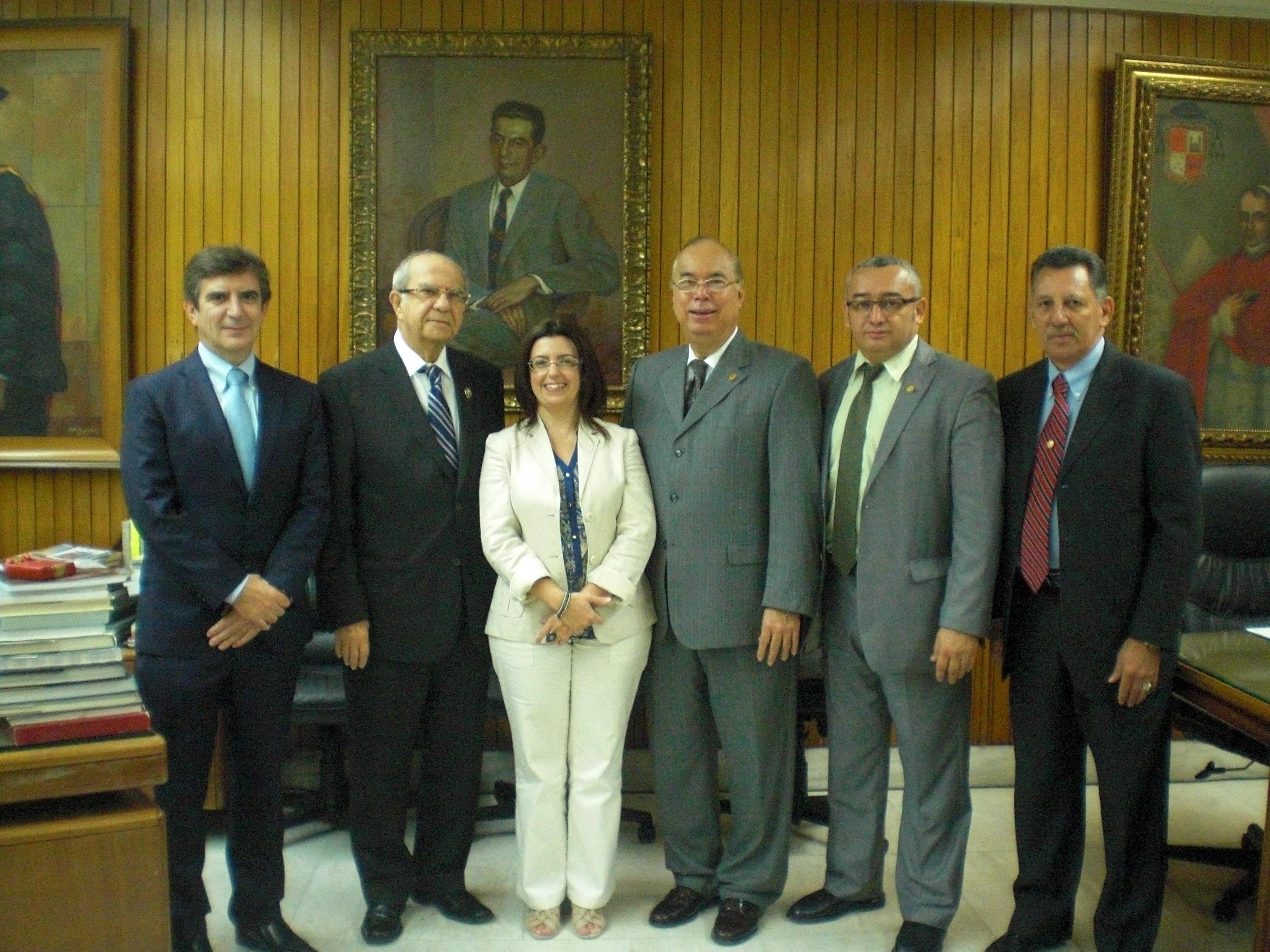 Las universidades de Salamanca y de Panamá estudian el desarrollo de un programa de intercambio de estudiantes de doctorado