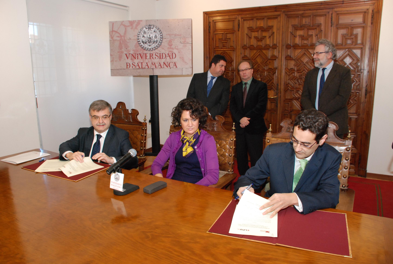Firma del Convenio entre el Parque Científico y el CLPU