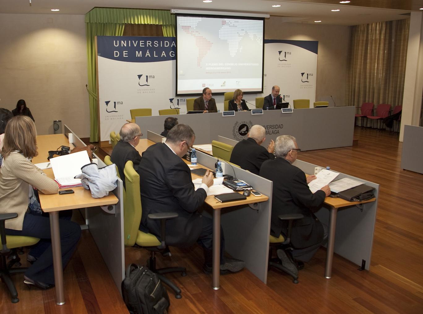 El rector defiende la creación del Espacio Iberoamericano de Educación Superior en el X Pleno del Consejo Universitario Iberoamericano