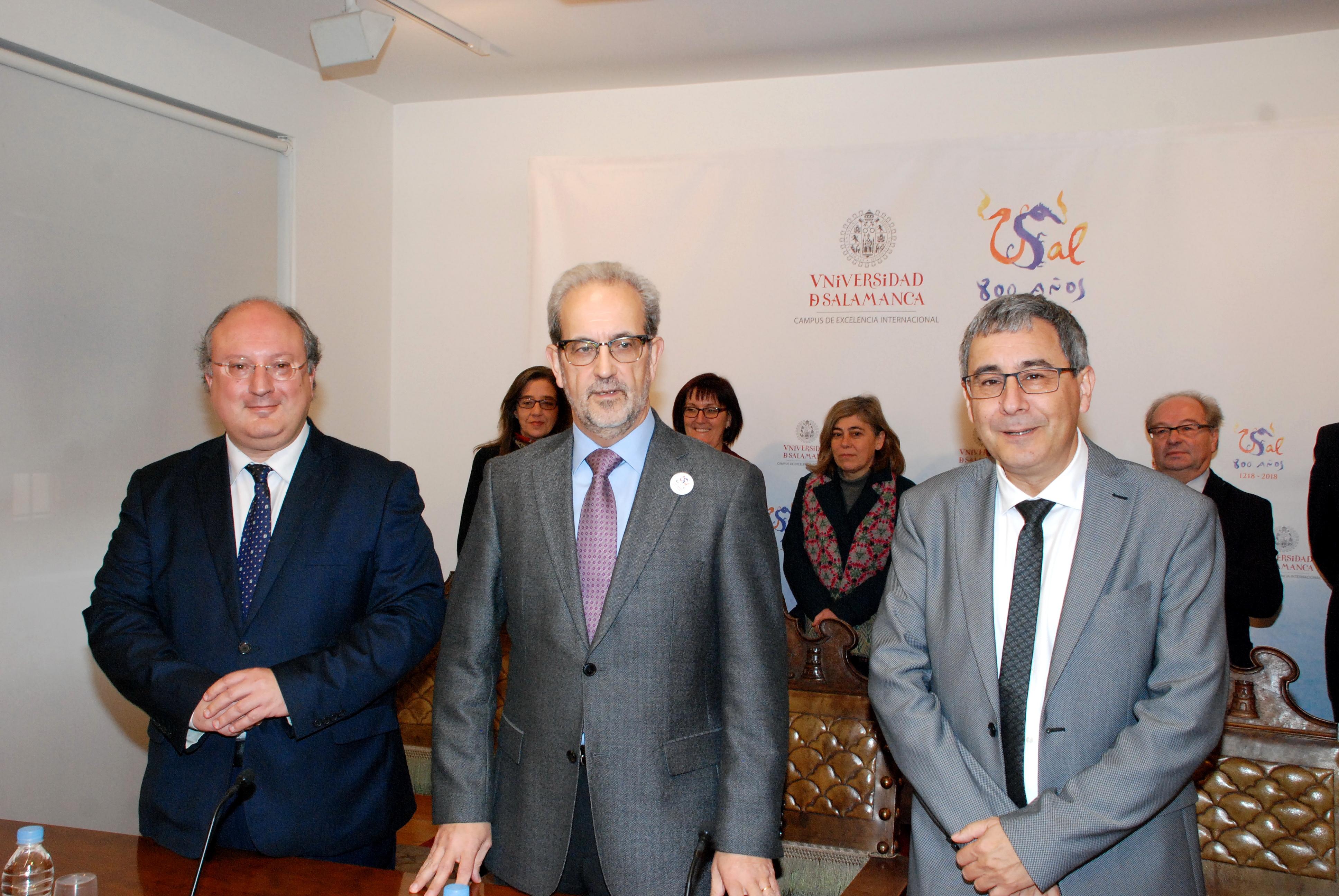 Enrique Cabero sucede a José Ángel Domínguez en el Vicerrectorado de Promoción y Coordinación