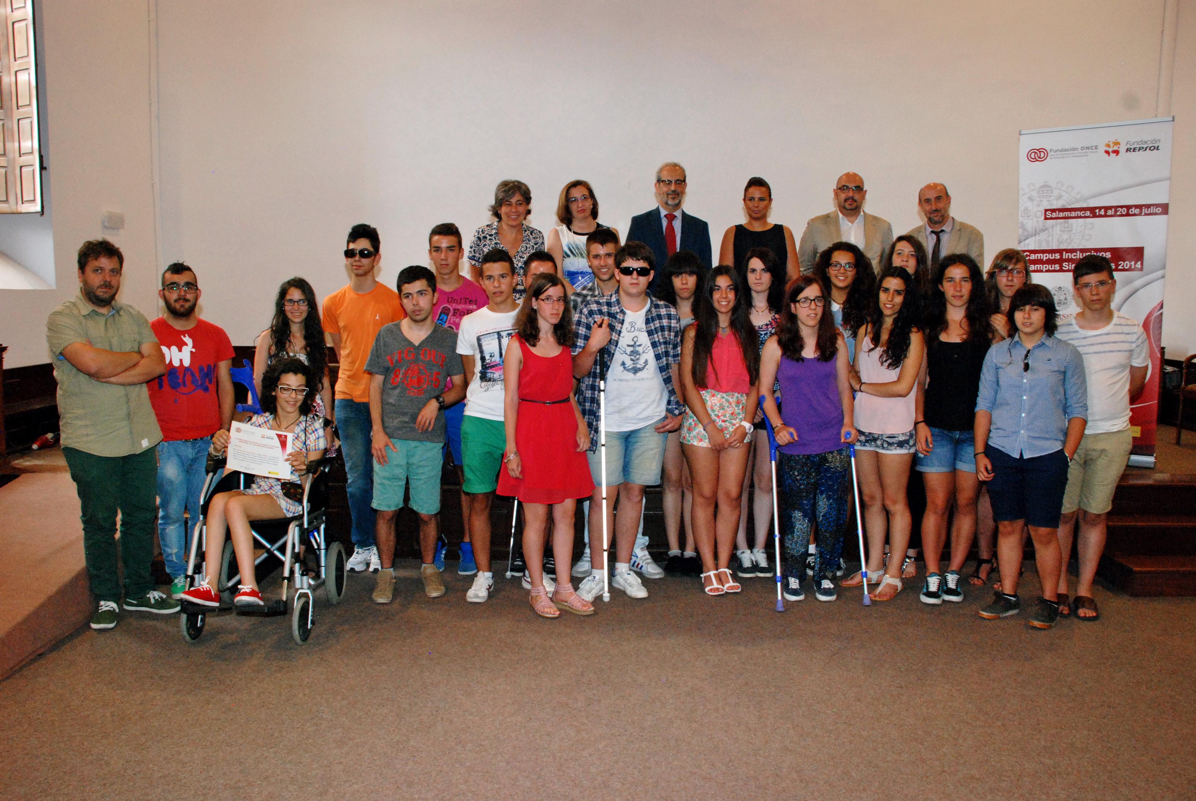 El rector de la Universidad de Salamanca clausura los 'Campus Inclusivos, Campus sin límites 2014'