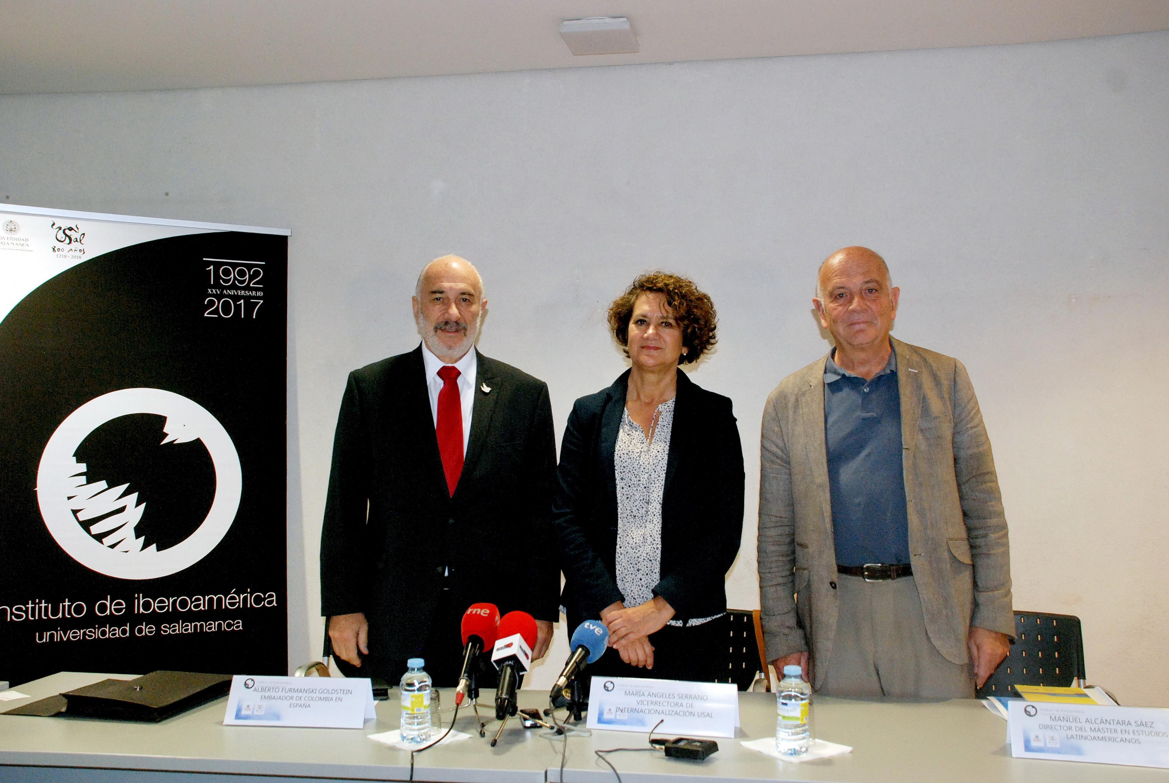 La vicerrectora de Internacionalización y el embajador de Colombia en España presentan la Cátedra Colombia de la Universidad de Salamanca