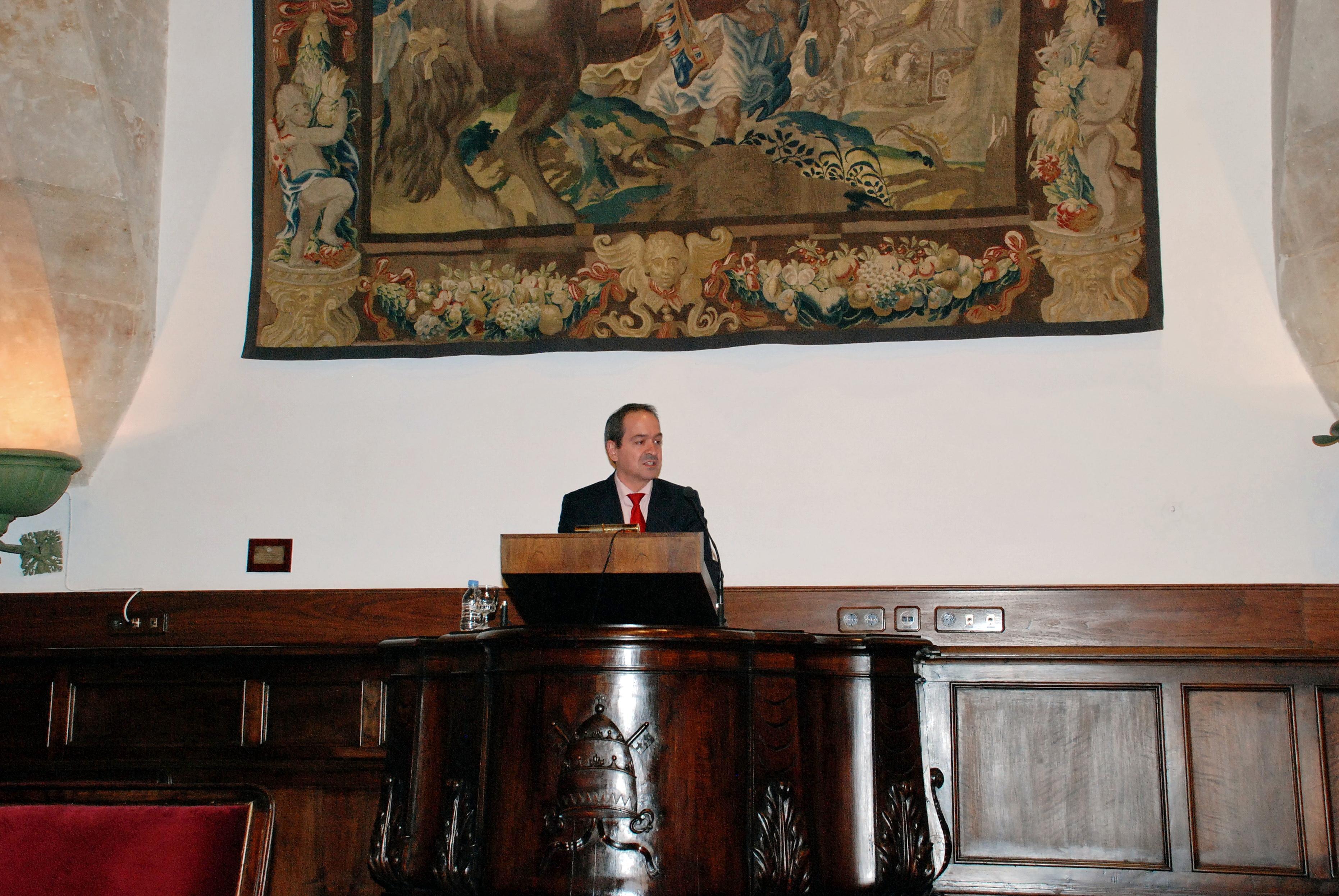 La Universidad de Salamanca concederá el doctorado honoris causa a Mario Vargas Llosa y Blake S. Wilson