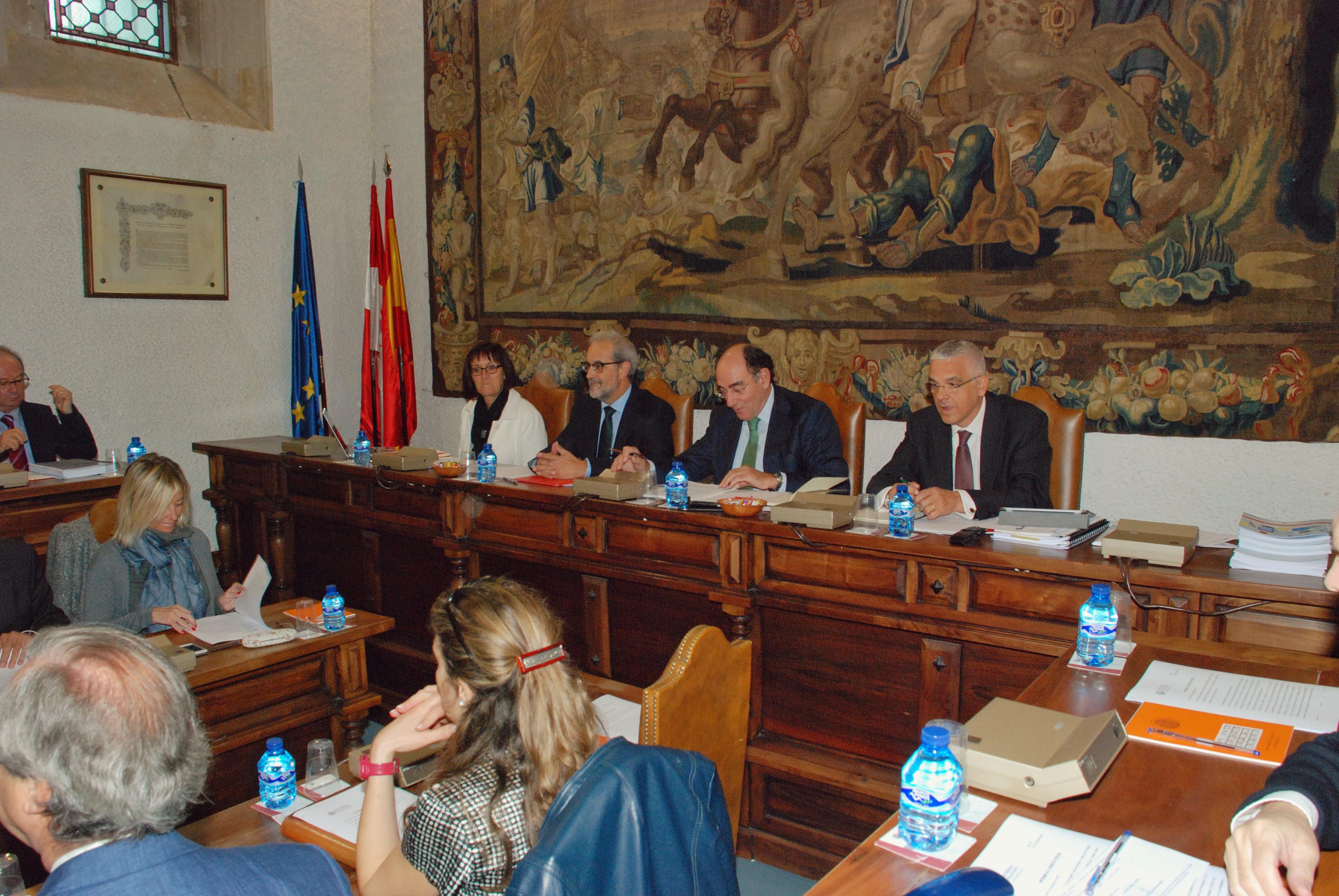 El Pleno del Consejo Social aprueba las cuentas de la Universidad correspondientes al ejercicio 2014