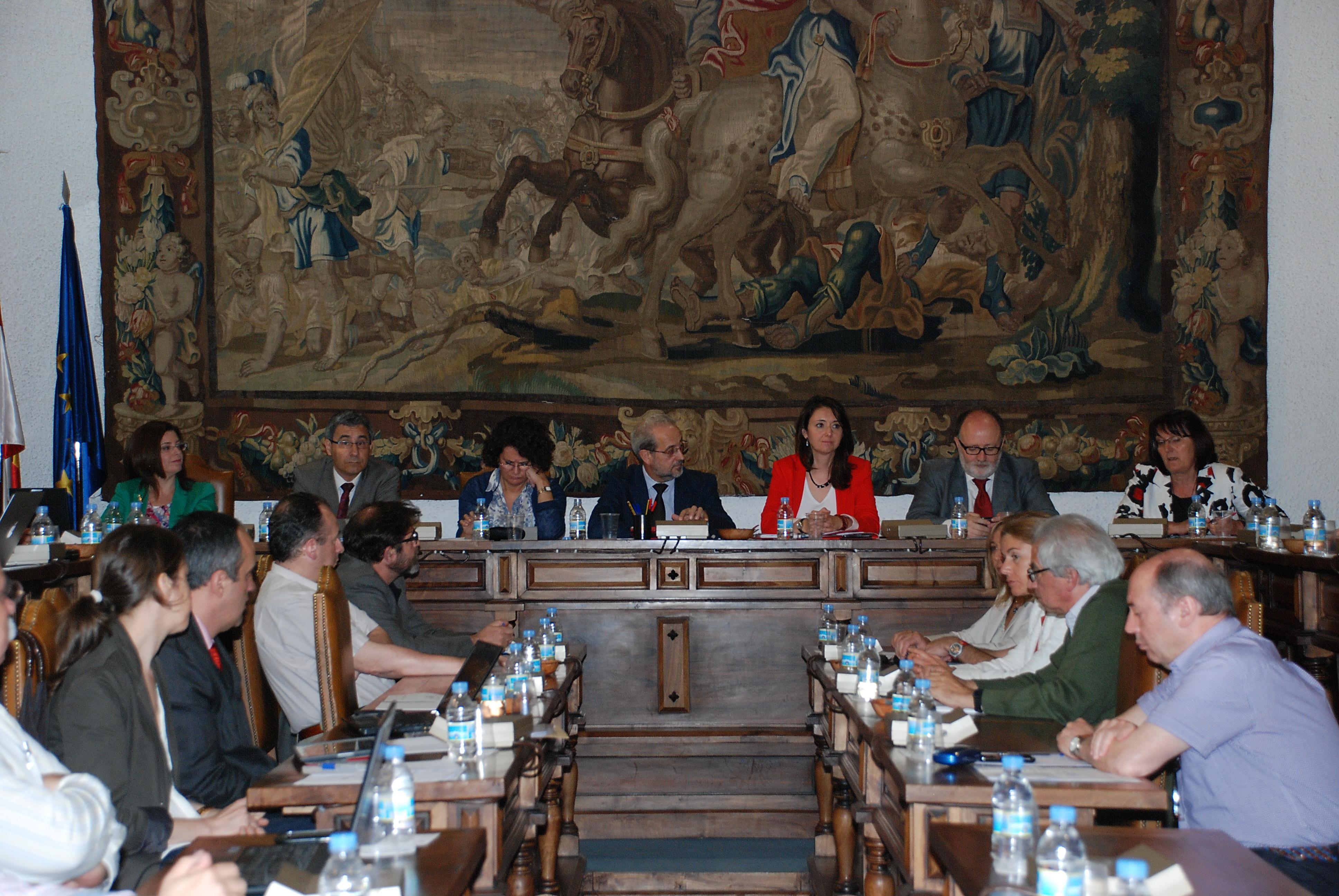 La Universidad de Salamanca aprueba la transformación de diez plazas de asociado en ayudante doctor