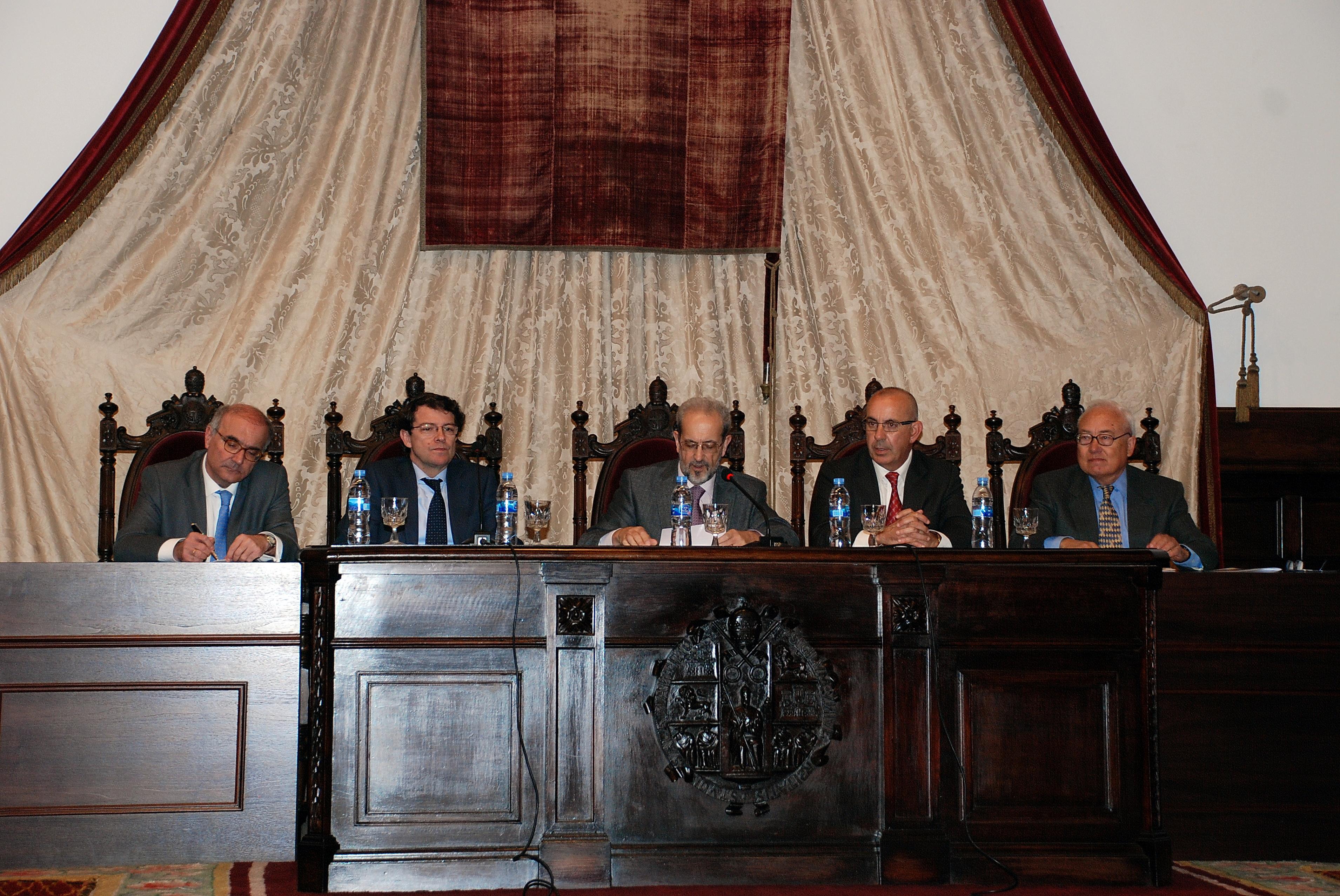 El rector inaugura en el Paraninfo de la Universidad el XII Congreso de la Asociación de Constitucionalistas de España