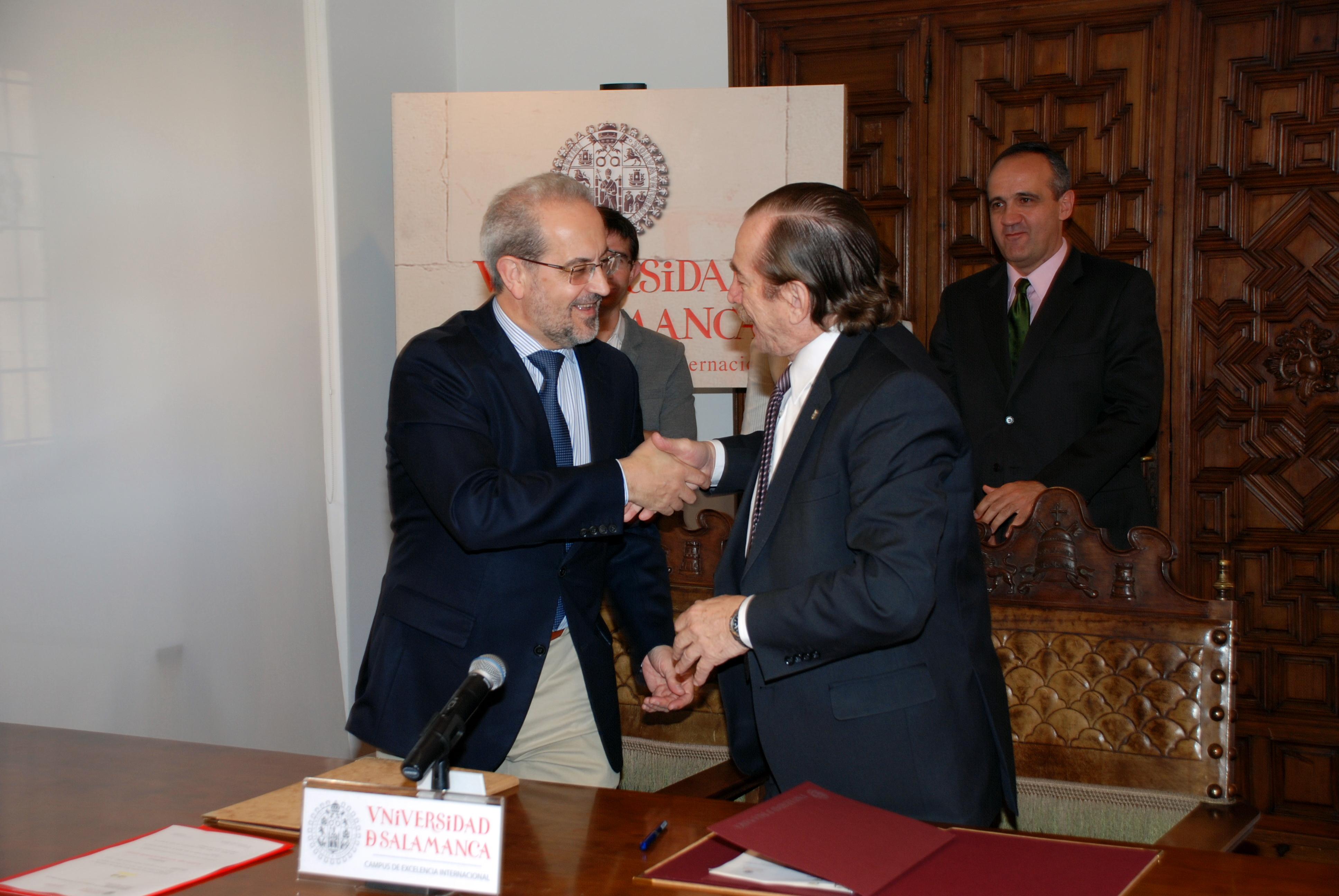 Las universidades de Salamanca y Nacional del Nordeste (Argentina) crearán un programa de dobles titulaciones