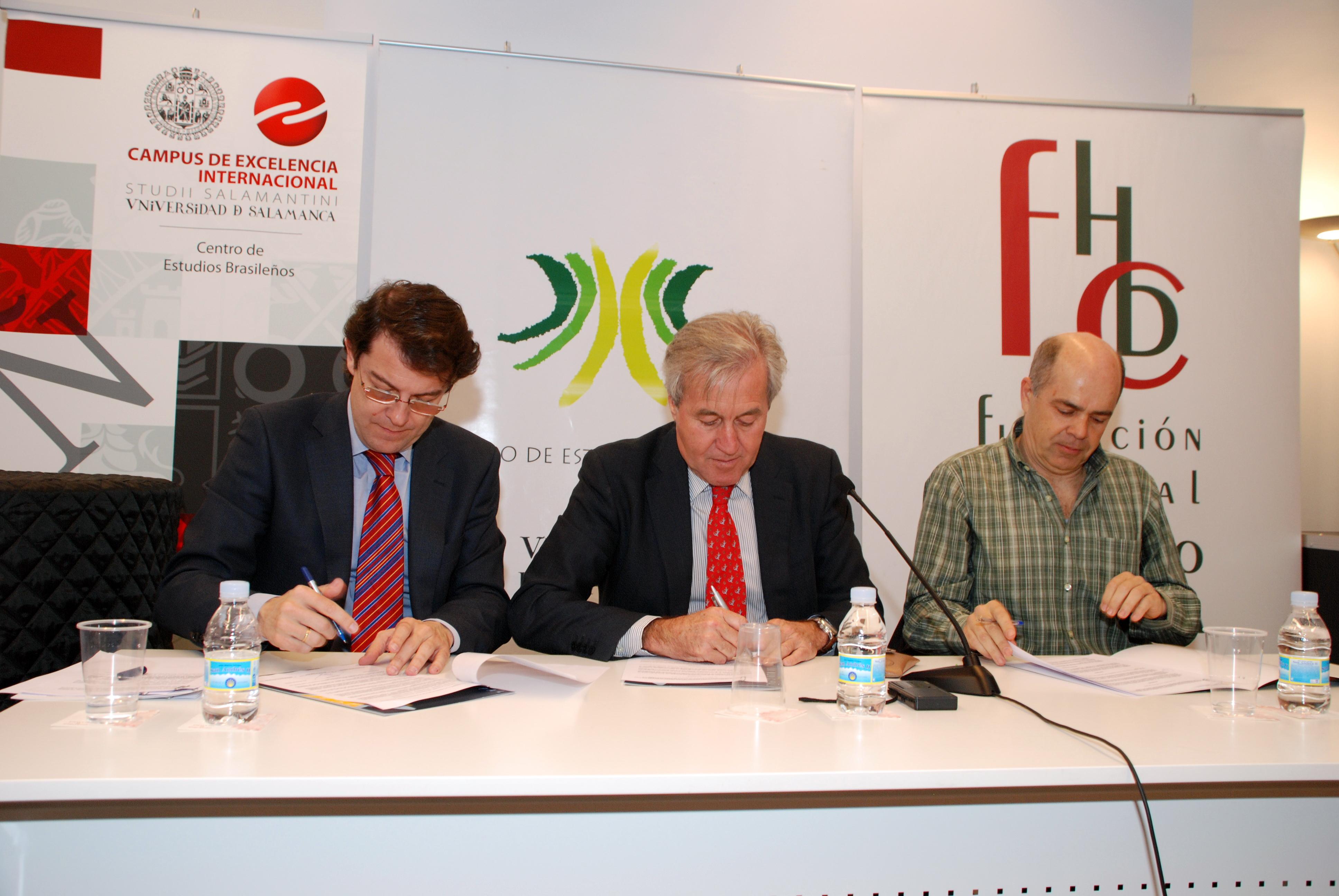 El Centro de Estudios Brasileños, el Ayuntamiento de Salamanca y el Conservatorio Superior de Música firman un convenio de colaboración con motivo de la II Bienal Internacional de Música 'Heitor Villa-Lobos'
