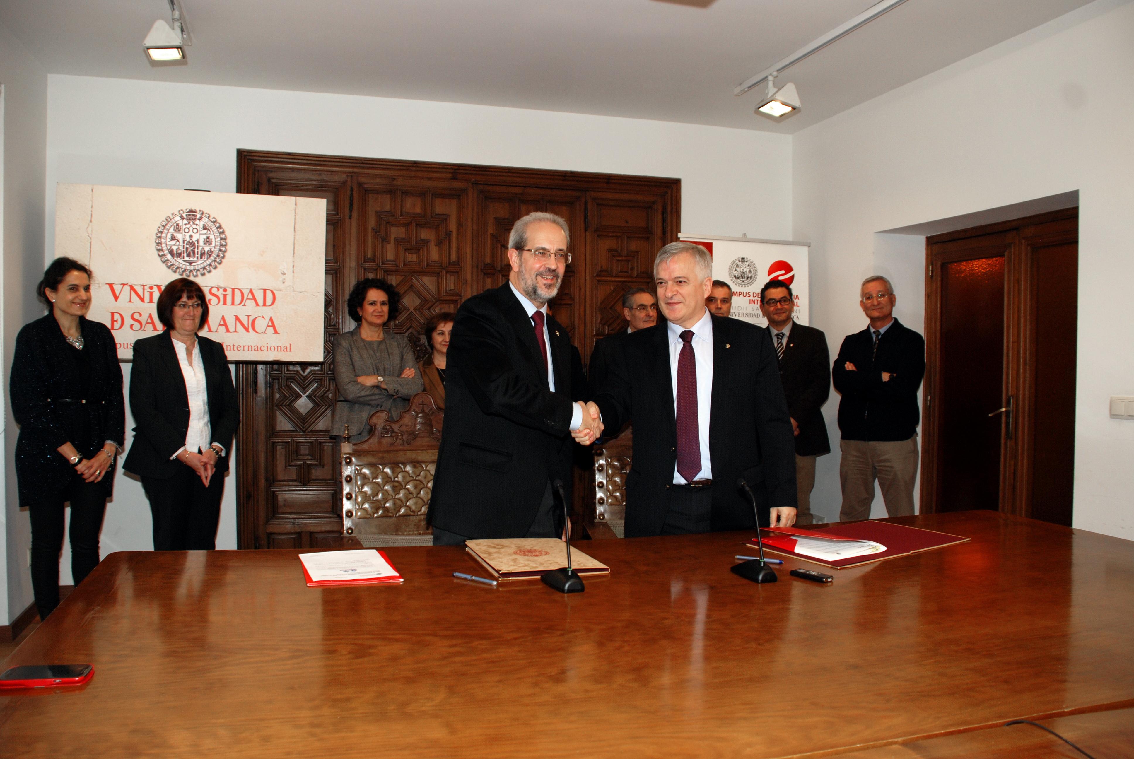 La Universidad de Salamanca y el Consejo Superior de Investigaciones Científicas impulsan el desarrollo conjunto de programas de doctorado y másteres universitarios