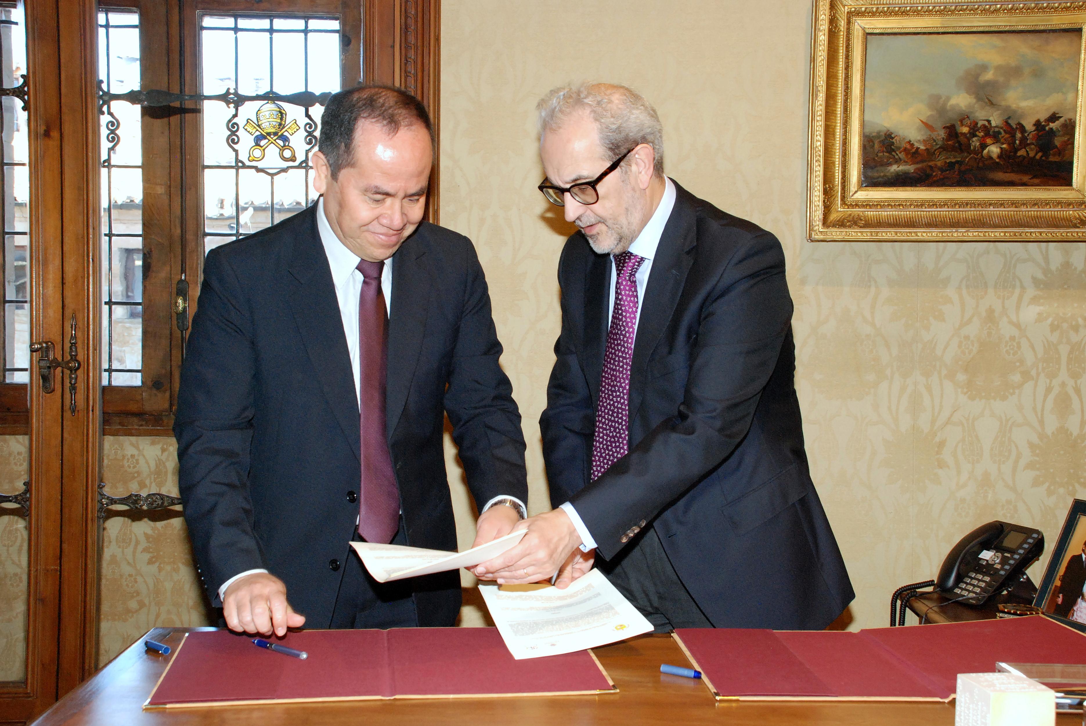 La Universidad de Salamanca y la Universidad Don Bosco de El Salvador suscriben un convenio de colaboración académica
