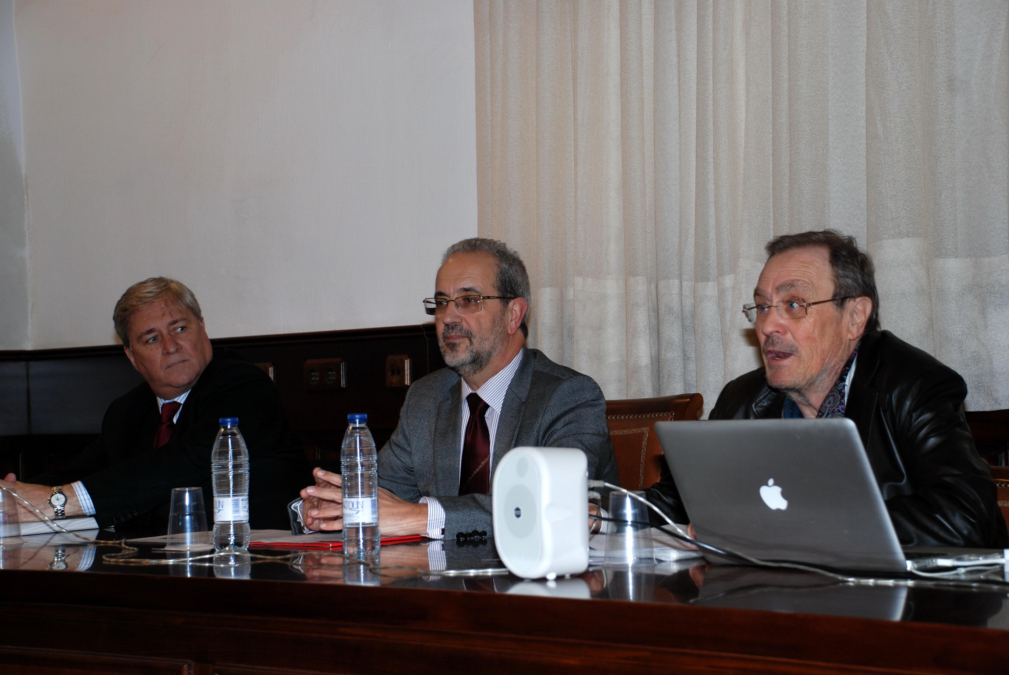 El rector inaugura el Seminario Internacional 'Comunicación, Moda y Diseño Publicitario'