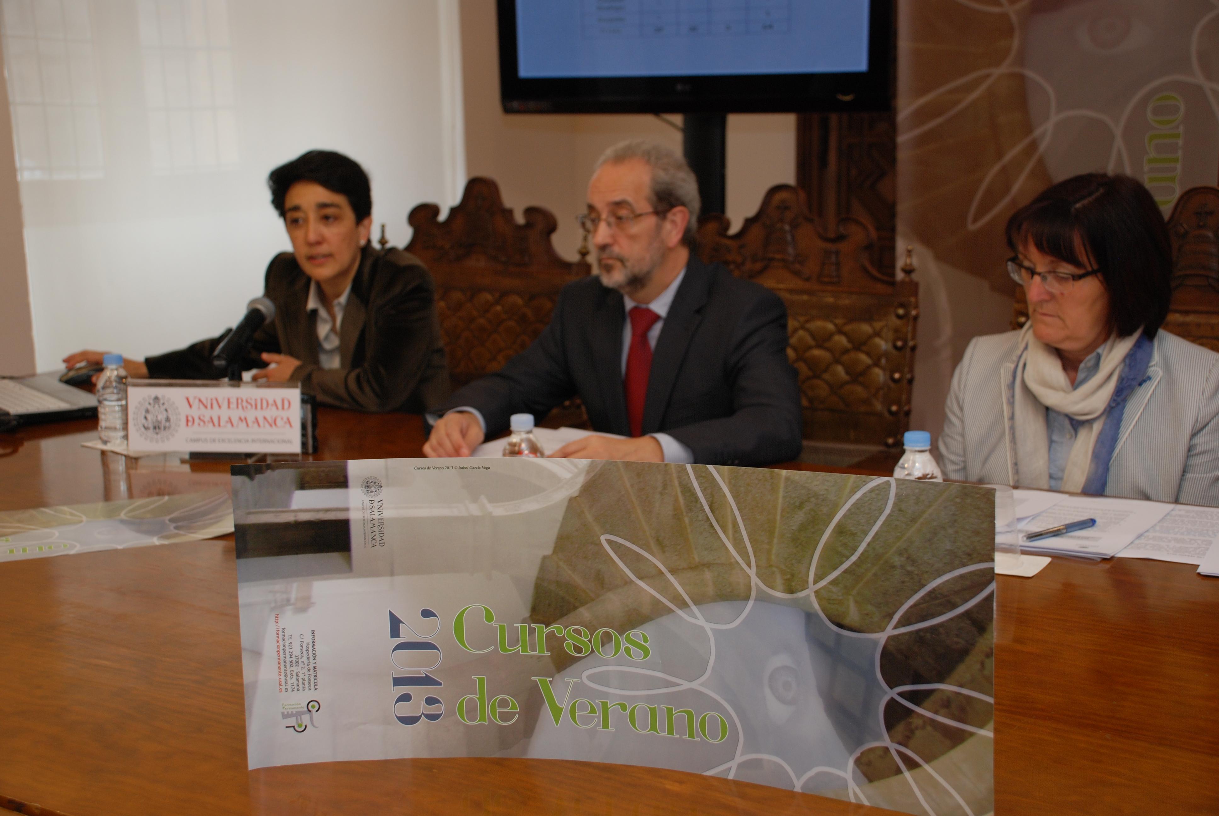 El rector presenta los Cursos de Verano de 2013 de la Universidad de Salamanca
