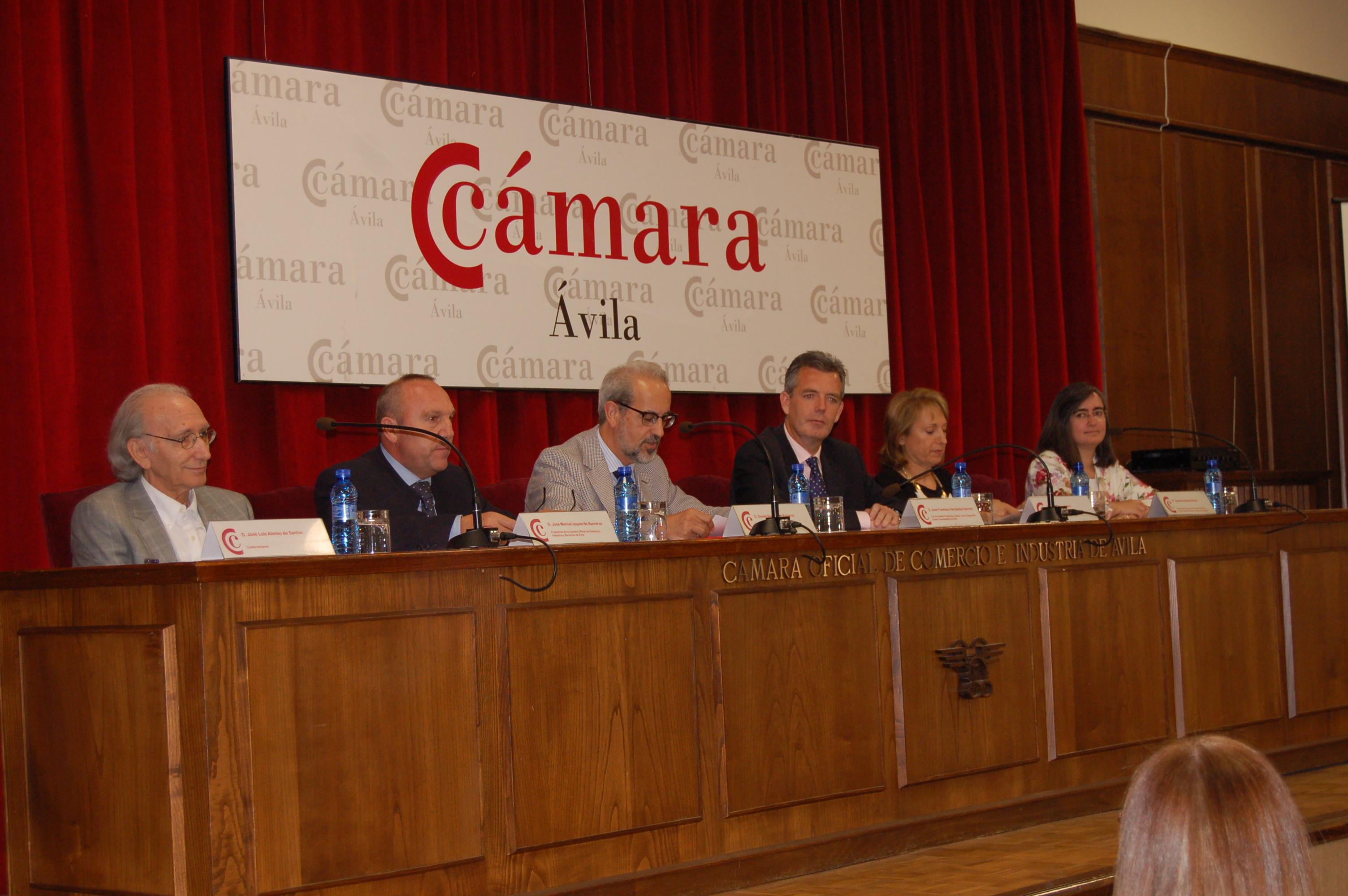 El rector preside la inauguración del Congreso Internacional de la Asociación Europea de Profesores de Español