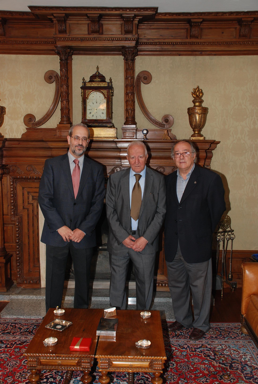 El rector recibe a Eduardo Lourenço