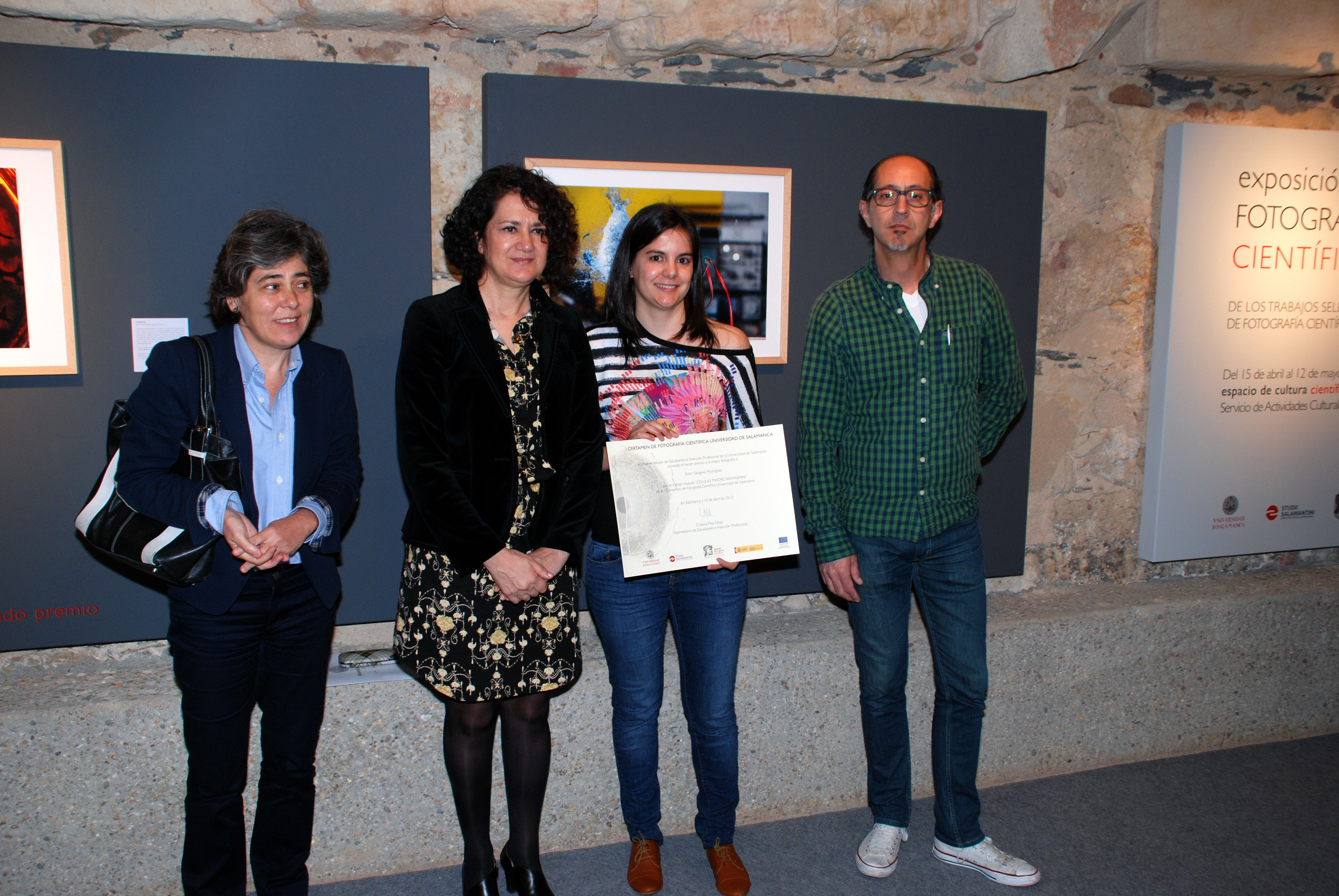 La exposición del I Certamen de Fotografía Científica de la Universidad de Salamanca reúne las 21 mejores imágenes del concurso realizadas por estudiantes