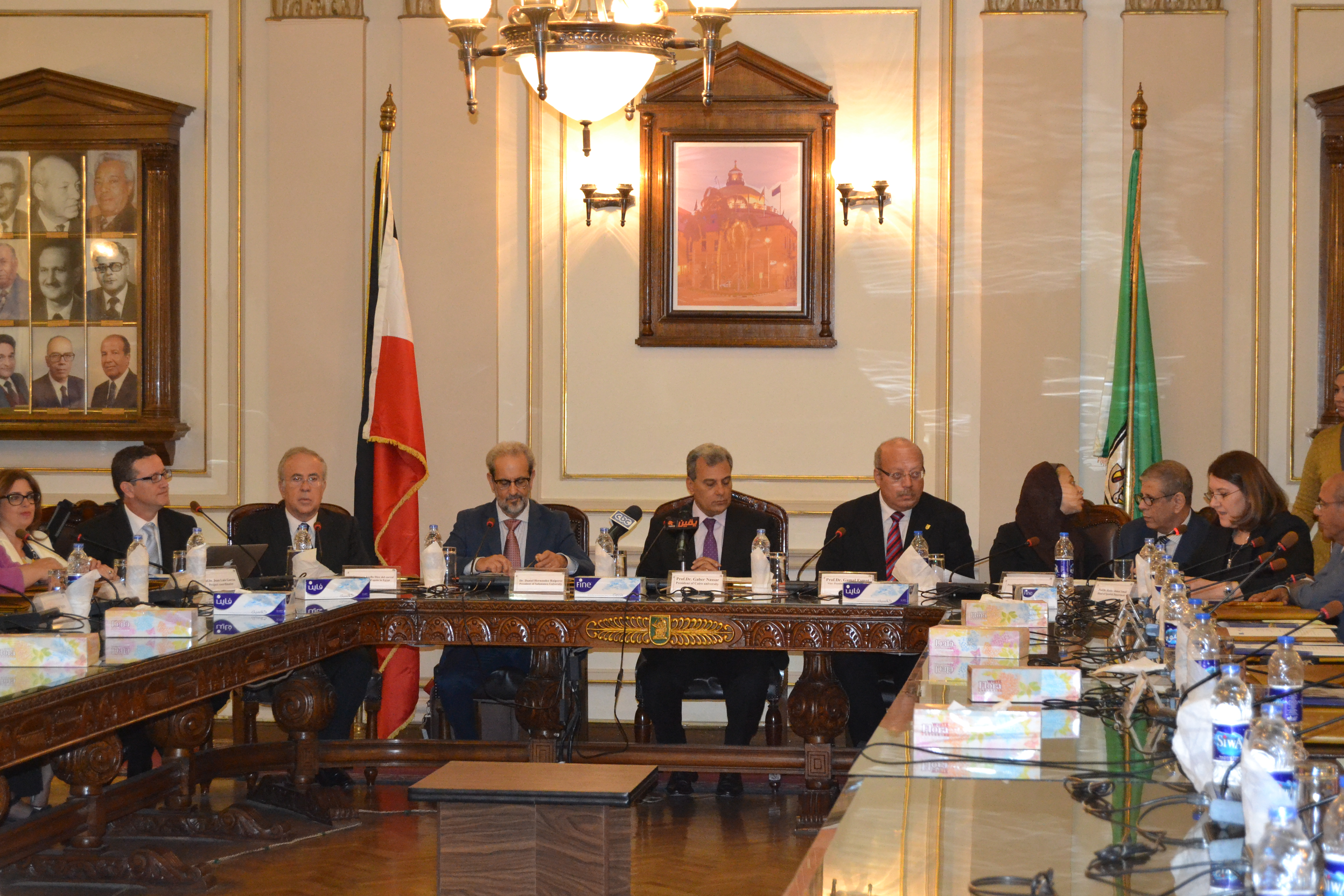 El rector de la Universidad de Salamanca inaugura en El Cairo el Máster en Lengua y Cultura Hispánicas, único título conjunto internacional existente en Castilla y León