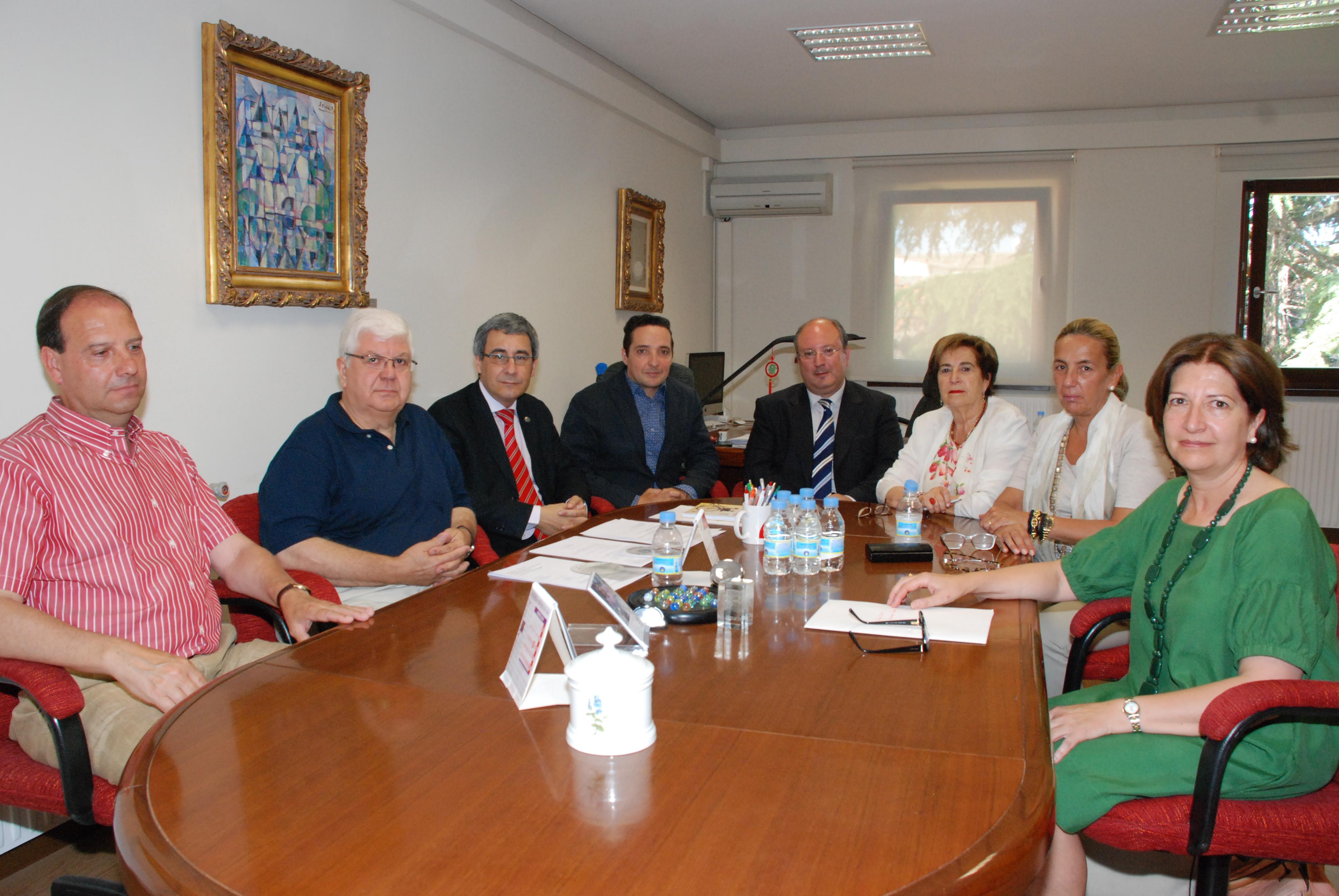 La científica María Fe Flores obtiene el IV Premio a la Investigación Profesor Garmendia, convocado por la Asociación de Antiguos Alumnos de la Universidad de Salamanca