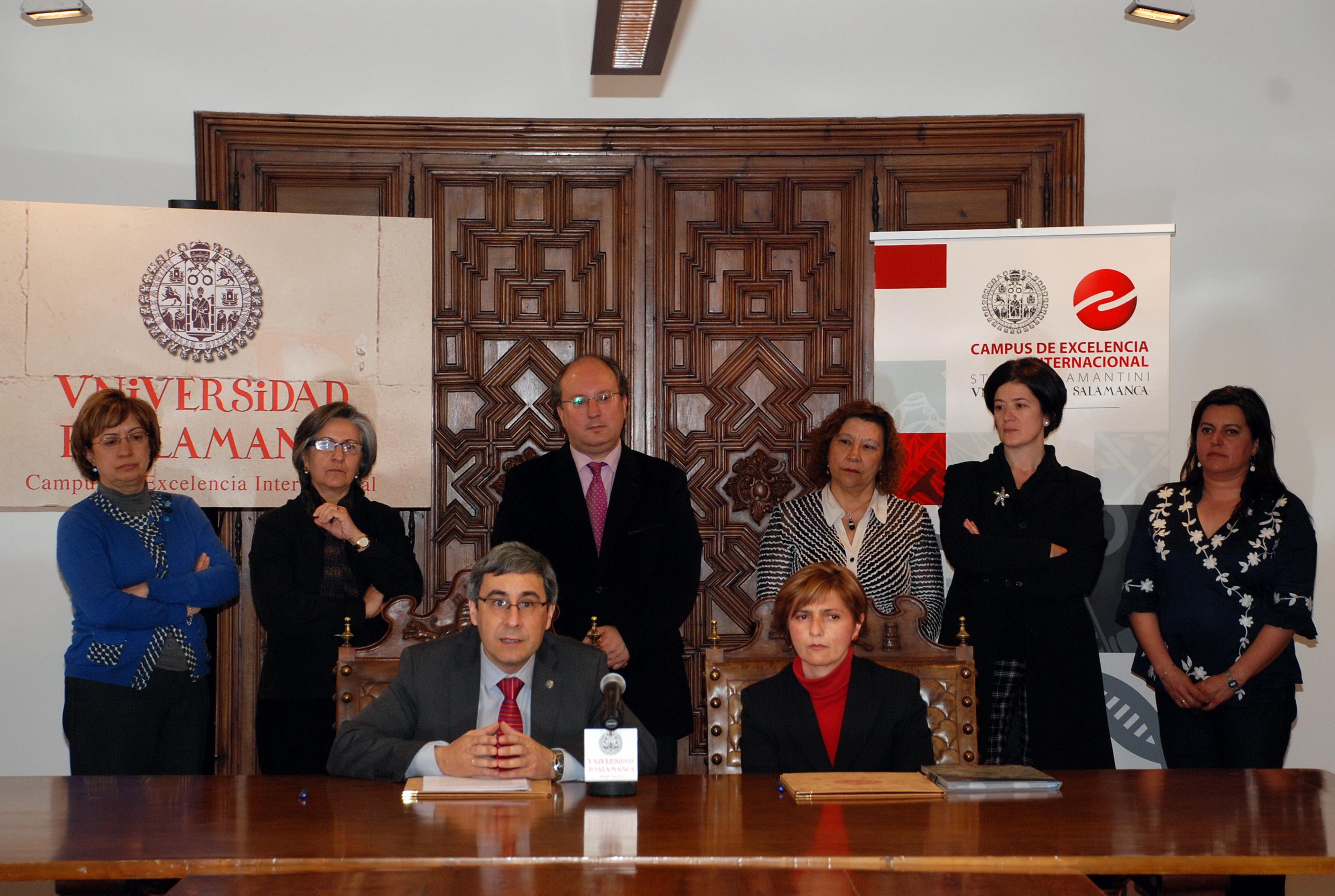 Firma de convenio entre la Universidad de Salamanca y el Colegio Oficial de Diplomados en Trabajo Social y Asistentes Sociales de Salamanca y Zamora