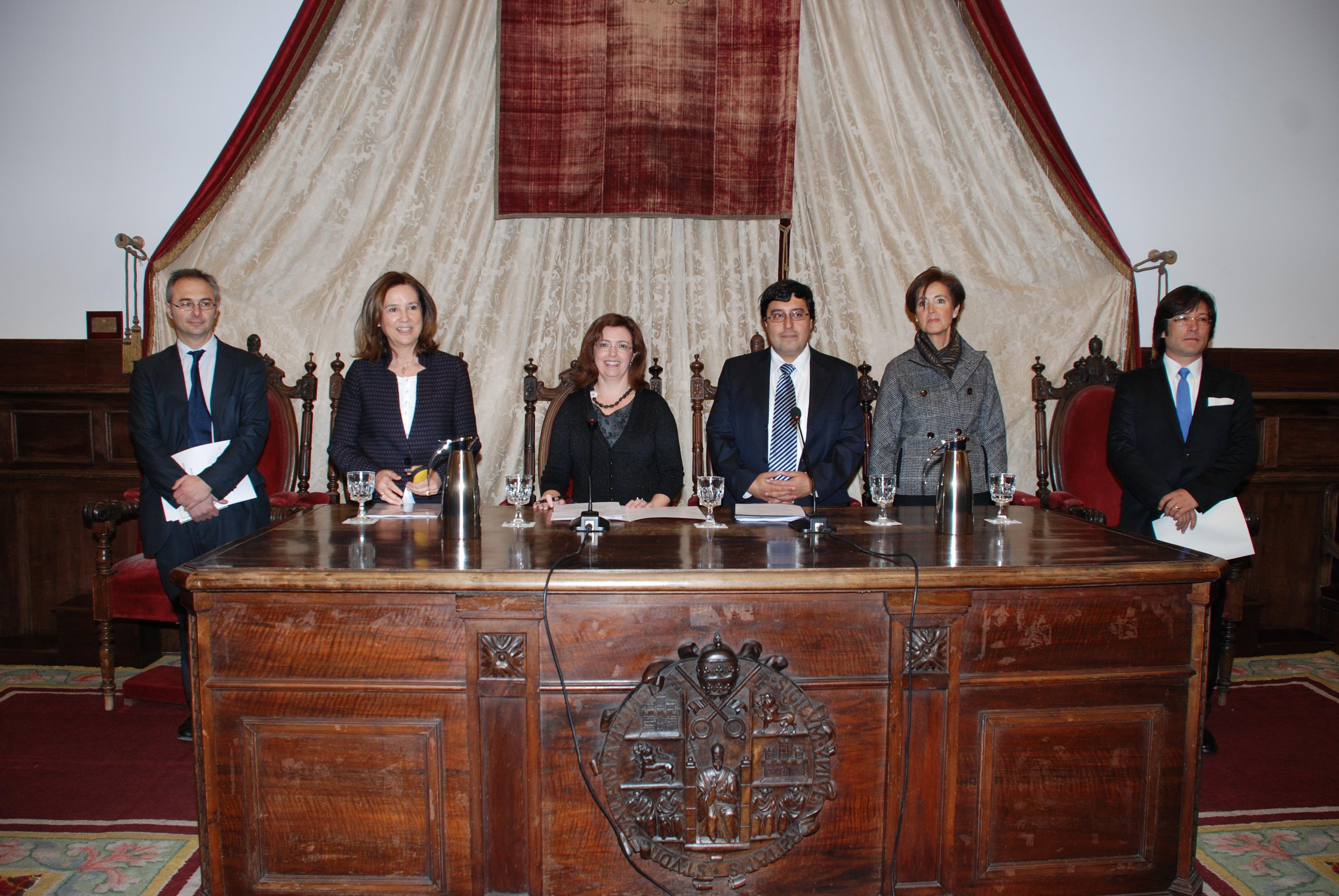 El Paraninfo acoge la inauguración del III Curso Internacional de Derecho Romano