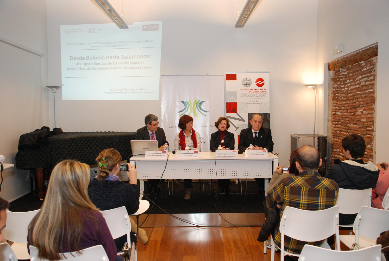 El Centro de Estudios Brasileños organiza una mesa redonda sobre los sistemas educativos brasileño y español