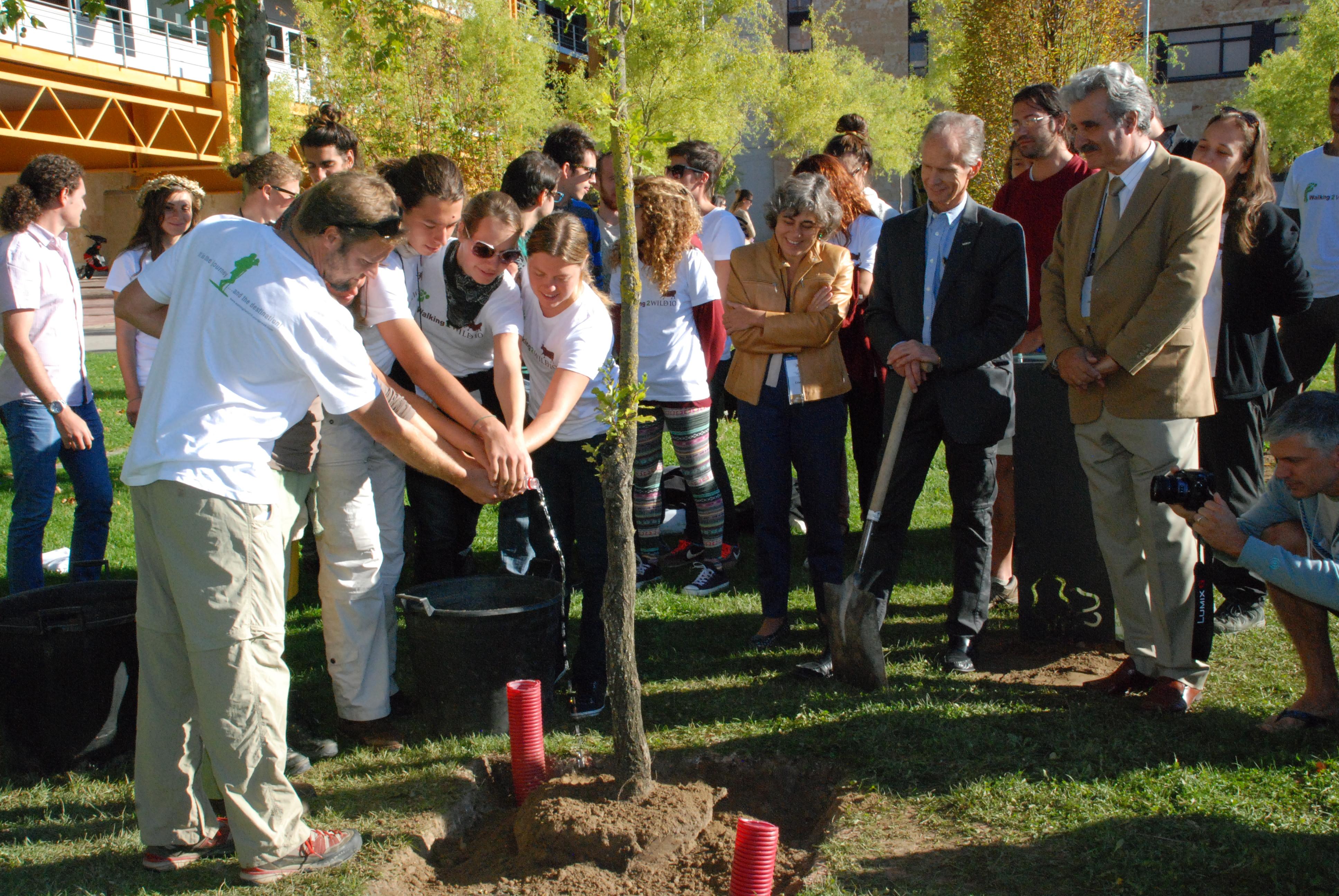 El 'Bosque Conmemorativo de Árboles Singulares' incorpora un nuevo árbol en el marco del Congreso WILD10