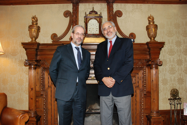 El rector con el expresidente de Bolivia