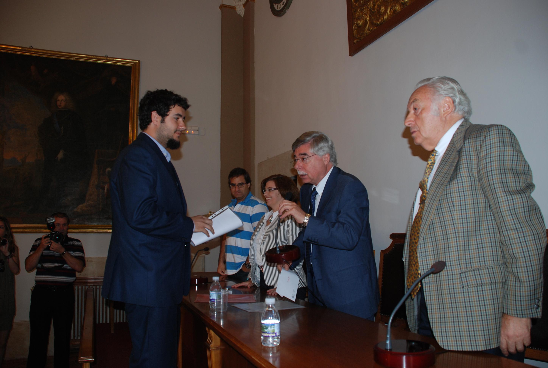 Filología entrega el Premio Fundación Vista Linda de Nueva Zelanda al mejor expediente fin de carrera del curso 2010-11