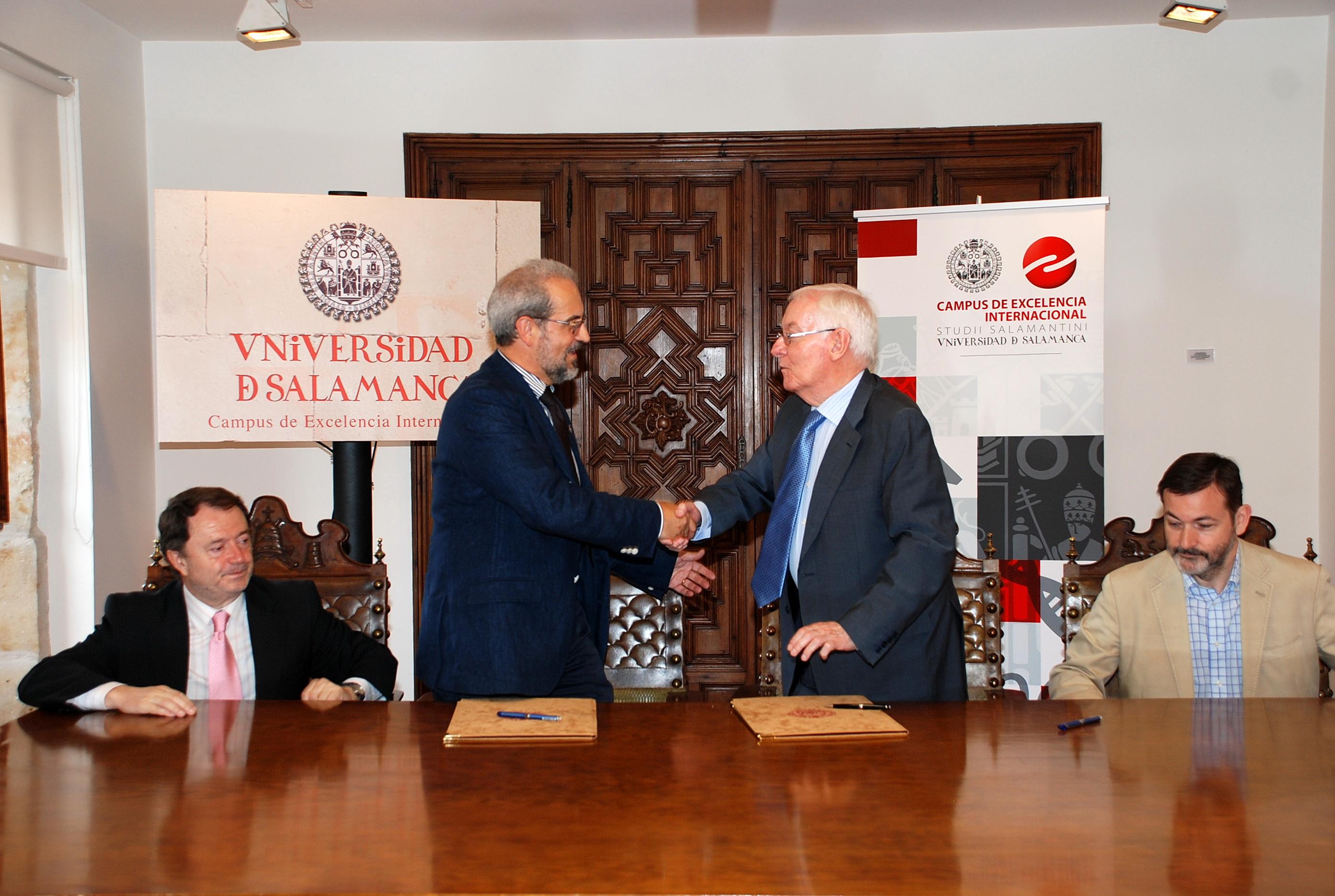 La Universidad de Salamanca y el Instituto Cervantes plantean organizar el Congreso Internacional de la Lengua Española en torno a 2018
