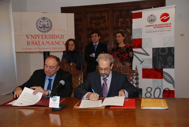 Firma de convenio entre la Universidad de Salamanca y Virtual-Educa