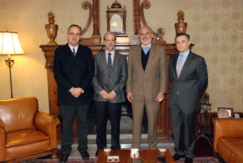 El rector recibe al expresidente de Bolivia Carlos Mesa