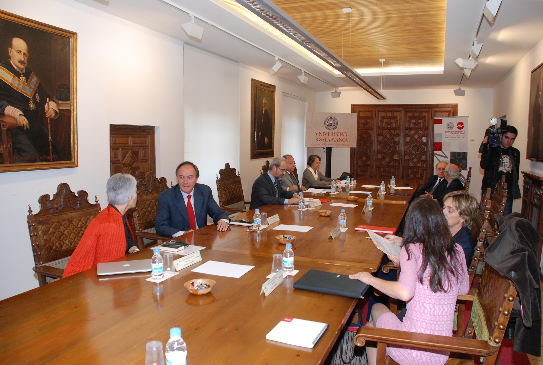 Reunión del Grupo Tordesillas en la Universidad de Salamanca