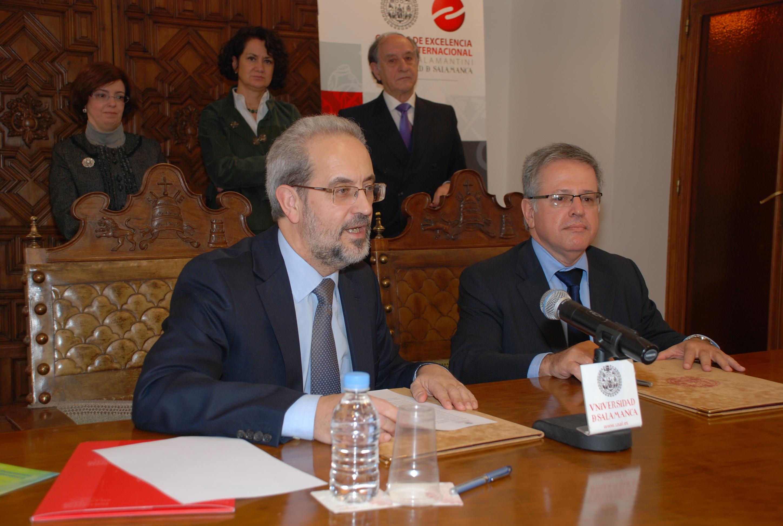 """Firma de convenio con el Ministerio de Ciencia, Tecnología e Innovación de Brasil para impulsar con el programa """"Ciencia sin Fronteras"""""""