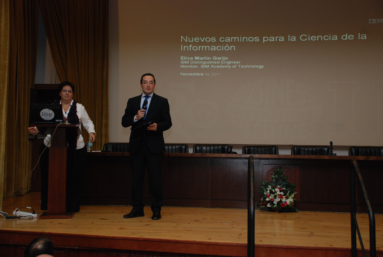 Las fiestas de la Facultad de Ciencias acogen la celebración del centenario de la creación de la multinacional IBM