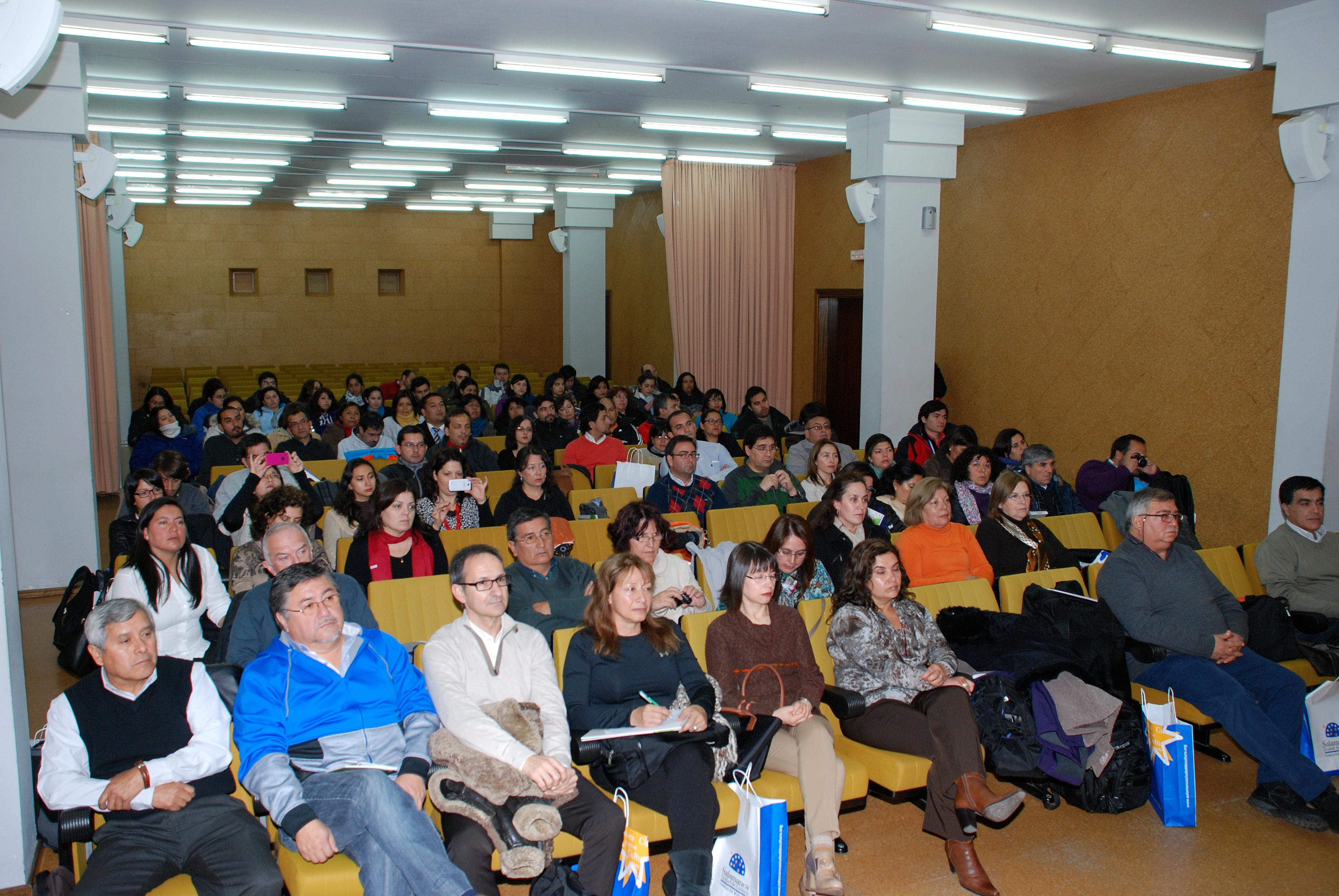 Cerca de medio centenar de profesores chilenos participan en el curso de formación para directores escolares